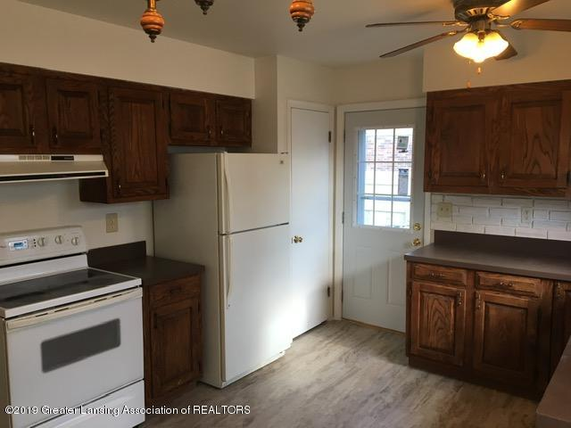 3427 W Jolly Rd - Kitchen - 7