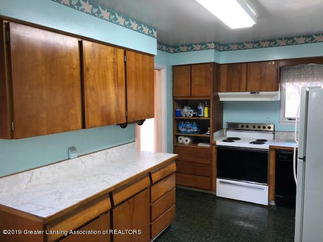 1435 N Harrison Rd - Kitchen - 8