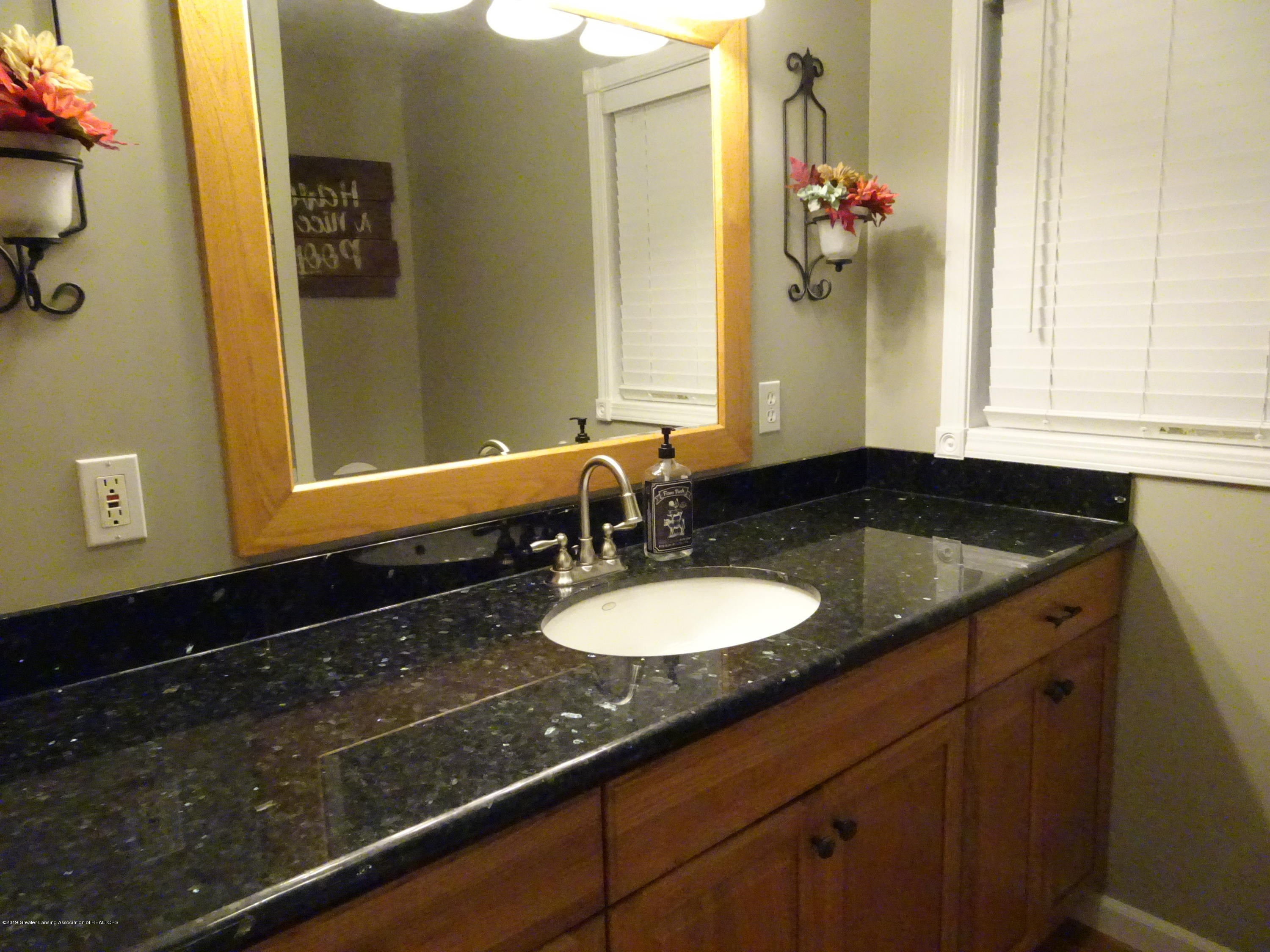 10010 Garrison Rd - granite counter - 18