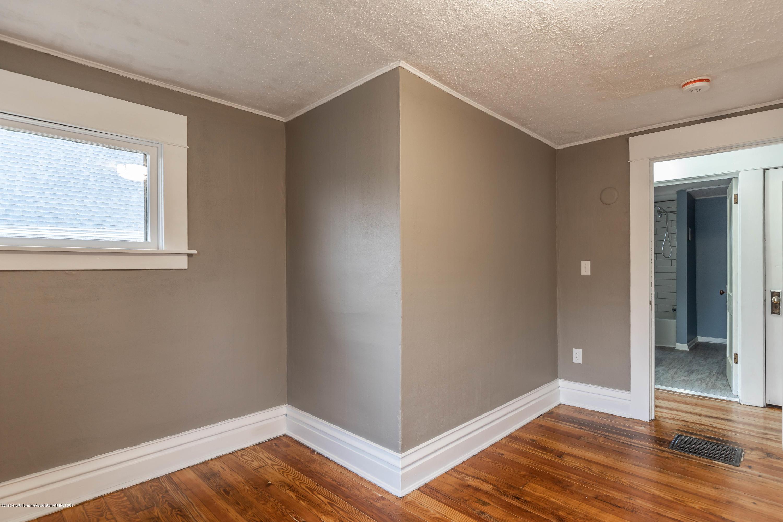 906 N Sycamore St - Bedroom 2 - 20