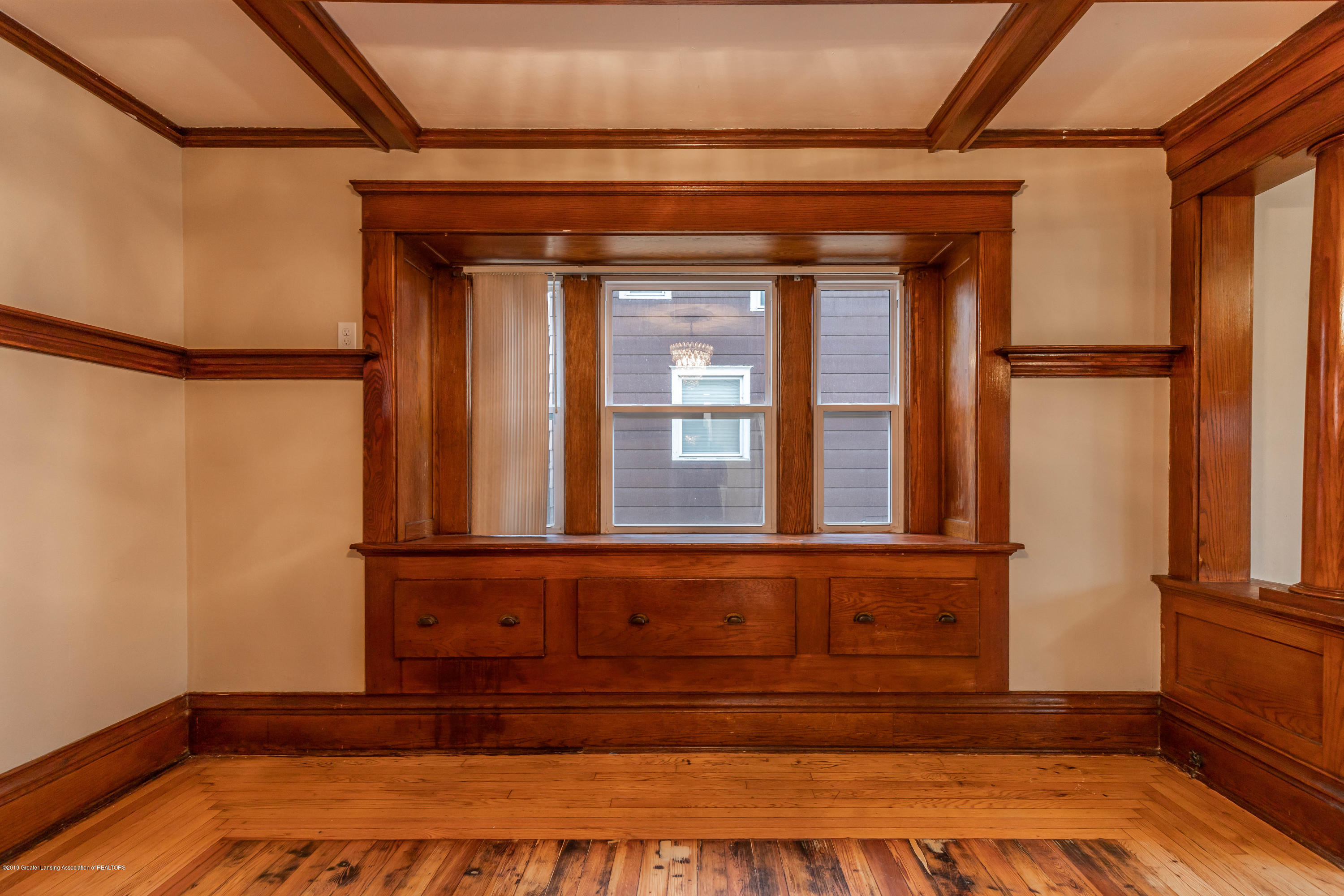 906 N Sycamore St - Dining Room - 10