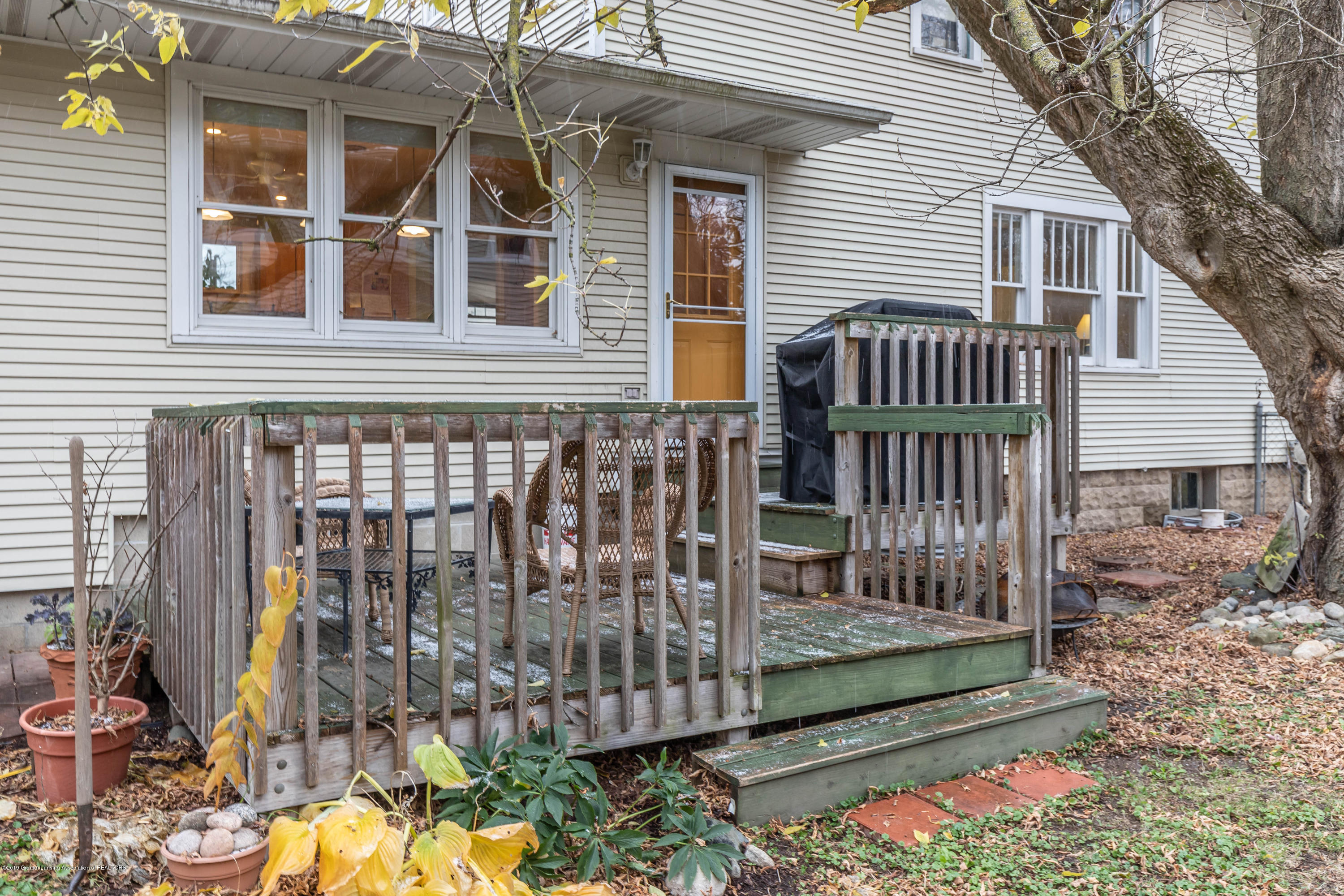 114 S Foster Ave - Deck - 29