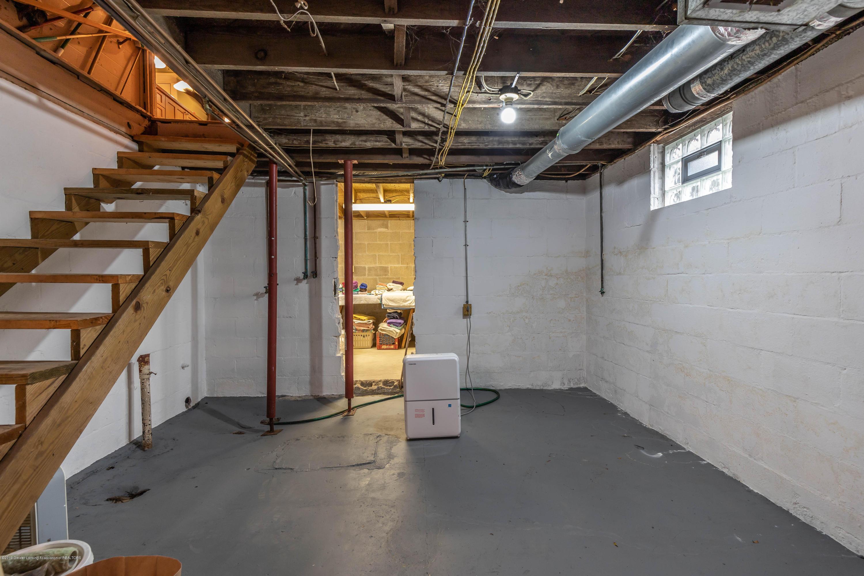 114 S Foster Ave - Basement - 26