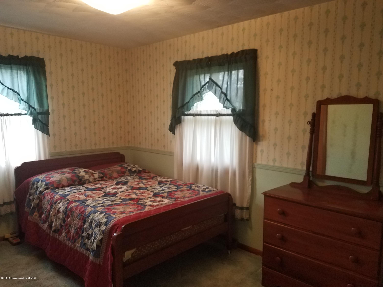 1013 E Walker St - Bedroom - 12