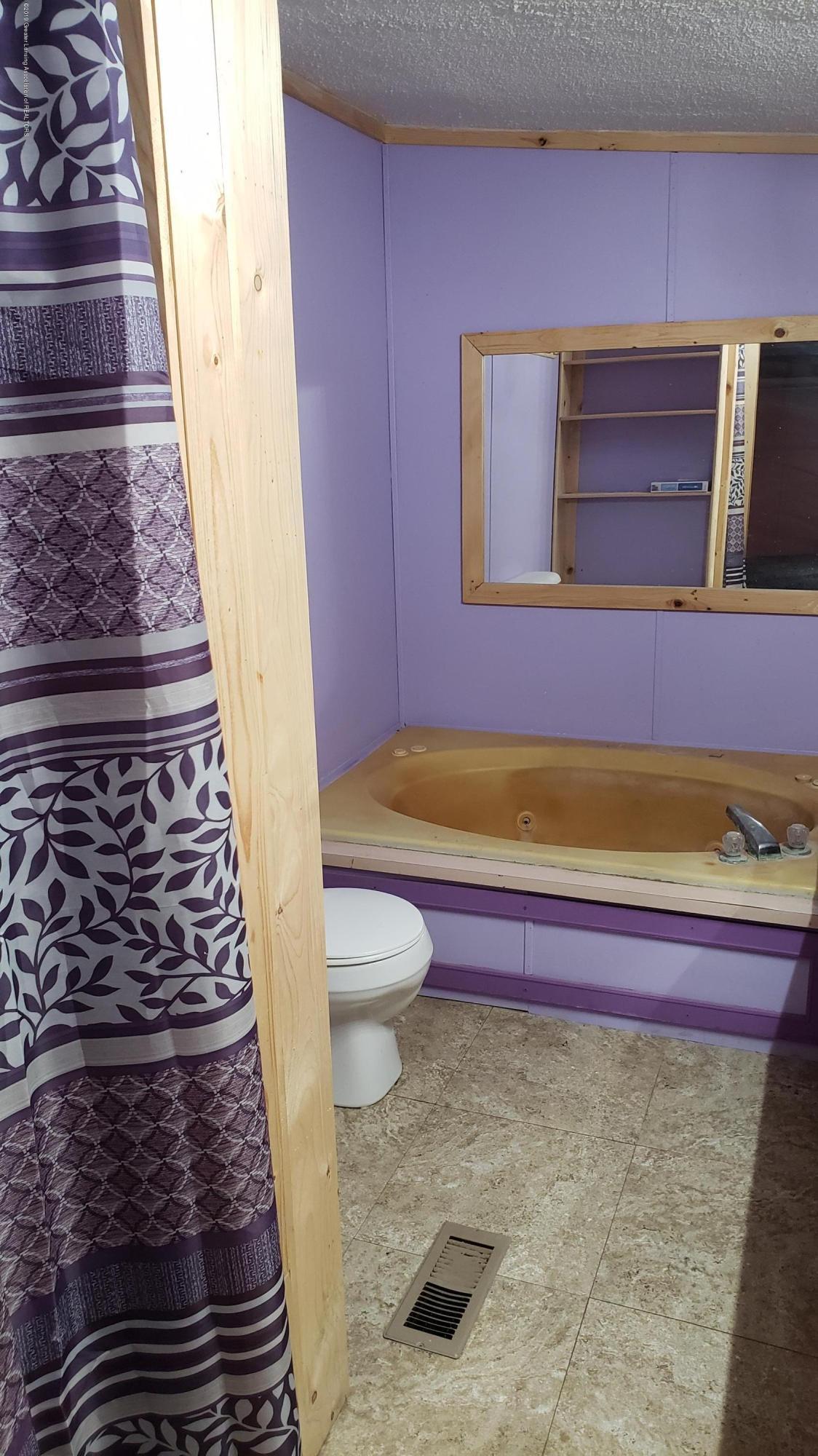 16990 Towar Ave - Masterbath Shower and Tub - 27