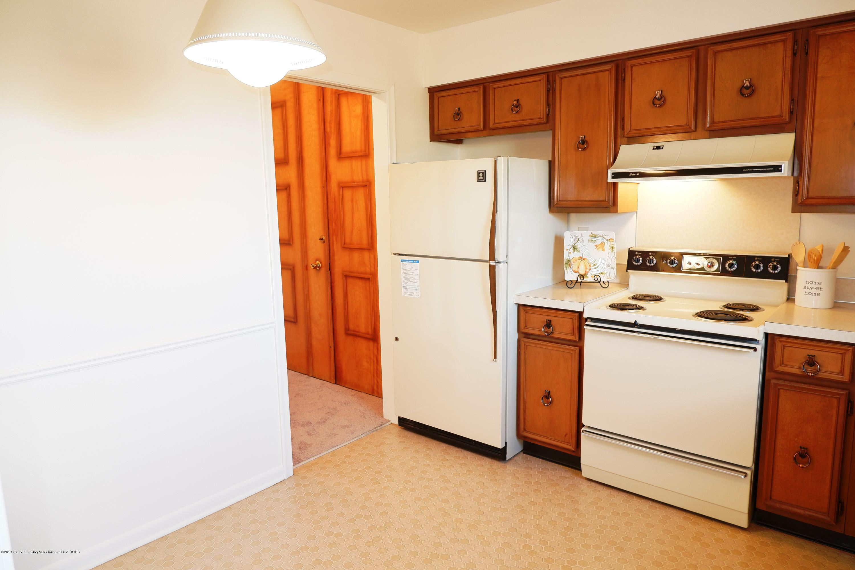 3333 Moores River Dr Apt 508 - Almond appliances - 13