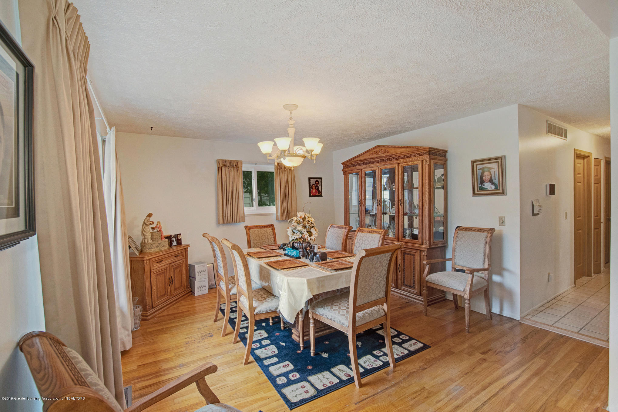 3208 Raynell St - DSC03003_4 - 2