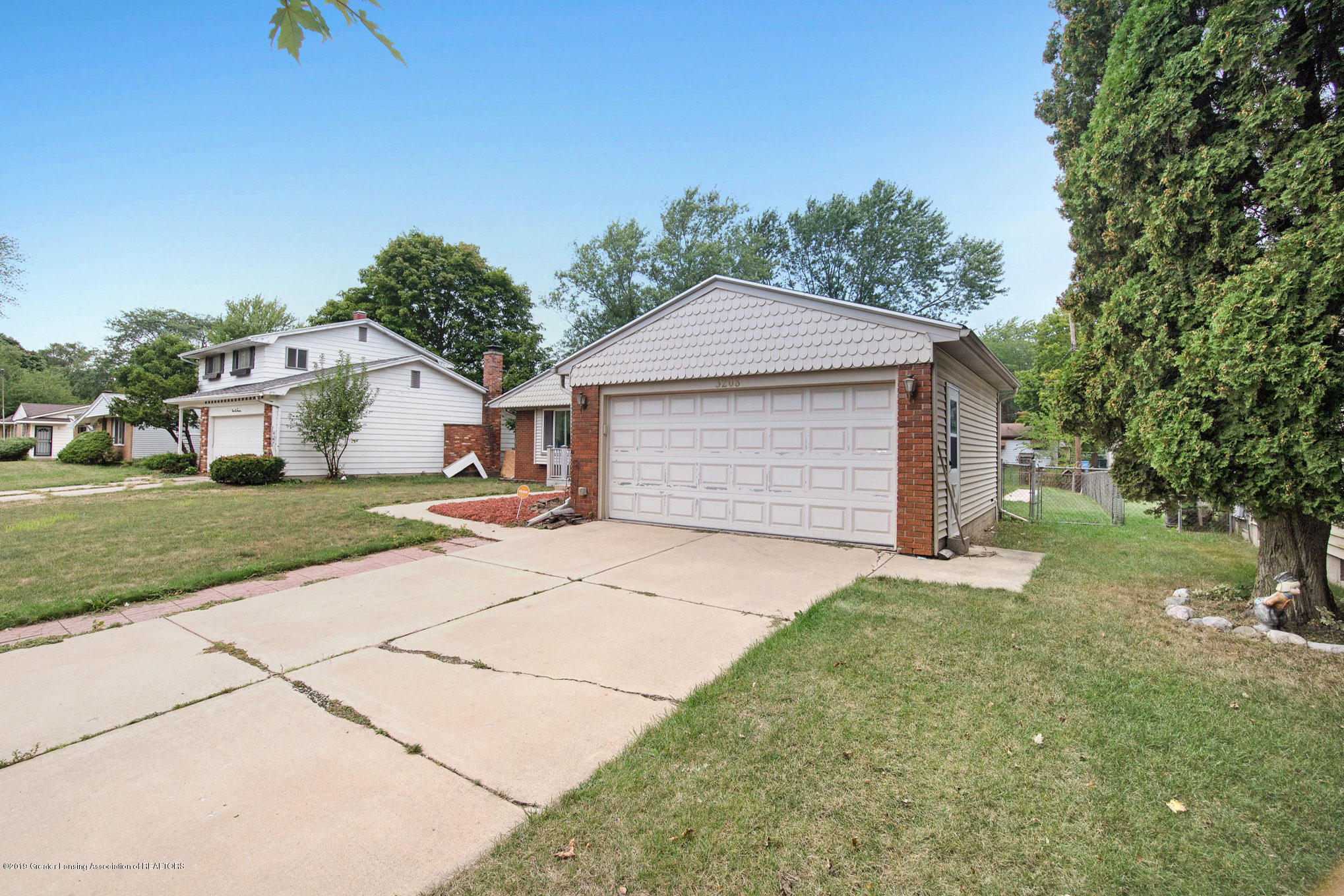 3208 Raynell St - DSC03090 - 31