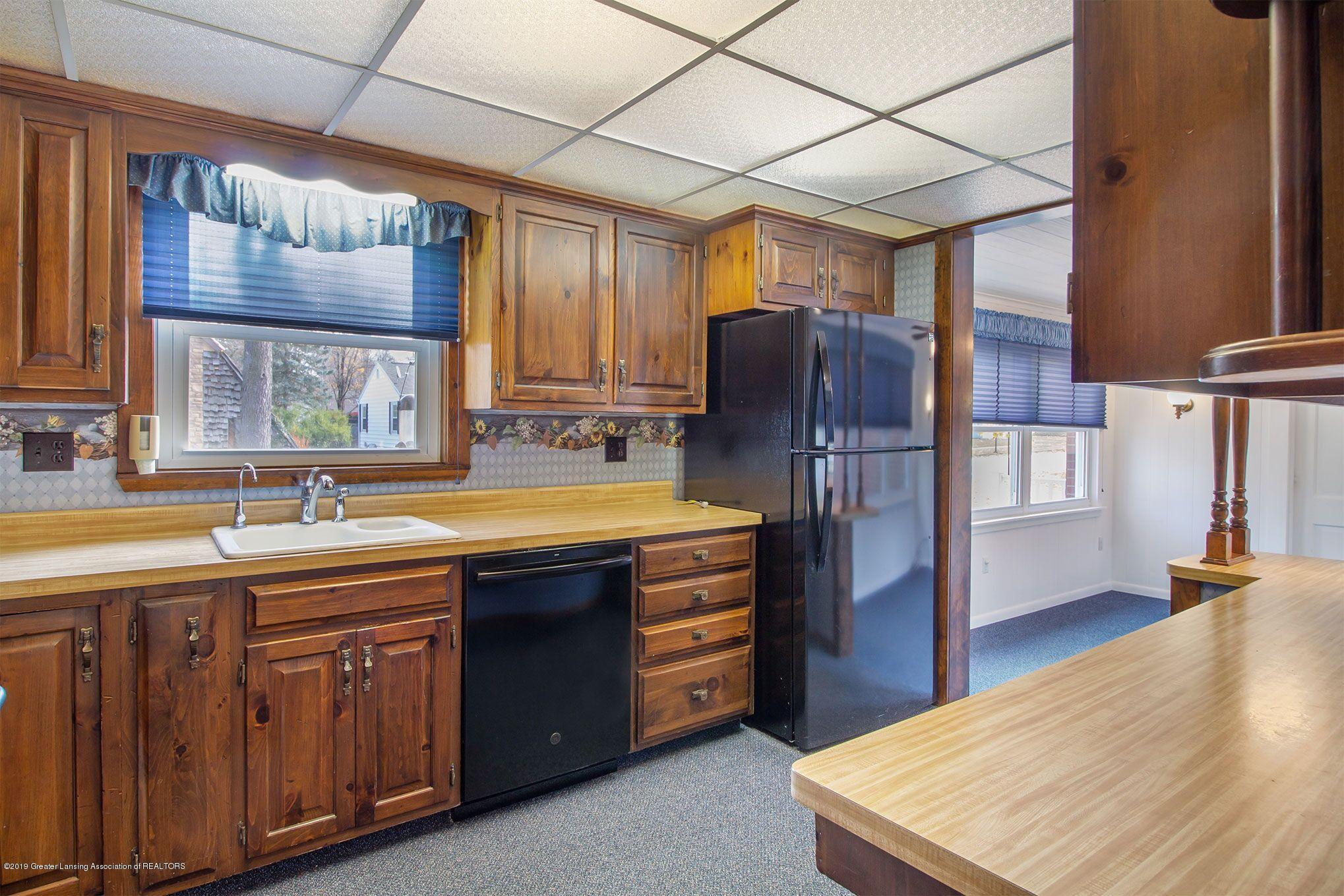 240 Holmes St - kitchen 2nd - 17