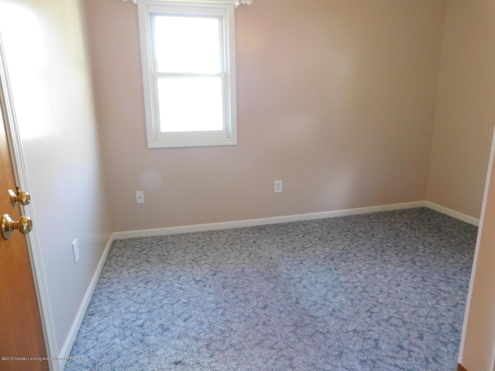 306 4th St - bedroom 2 - 10