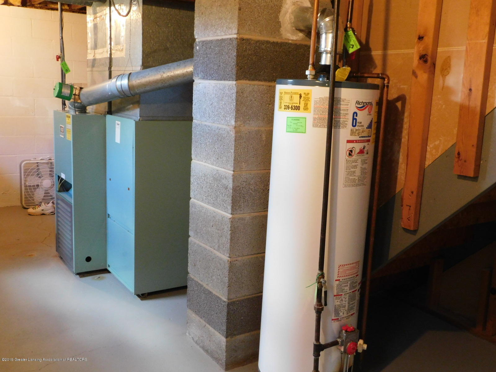 306 4th St - furnace and water heater - 14