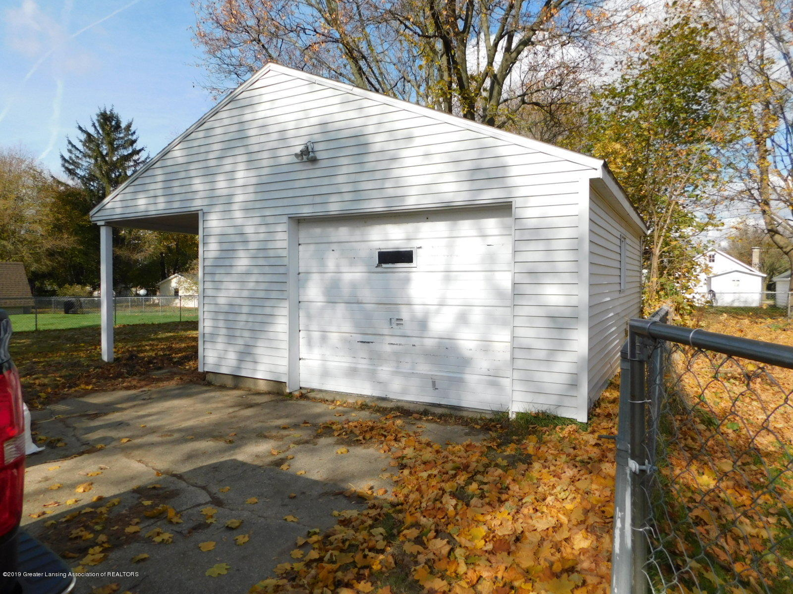 306 4th St - Garage with patio or carport - 12