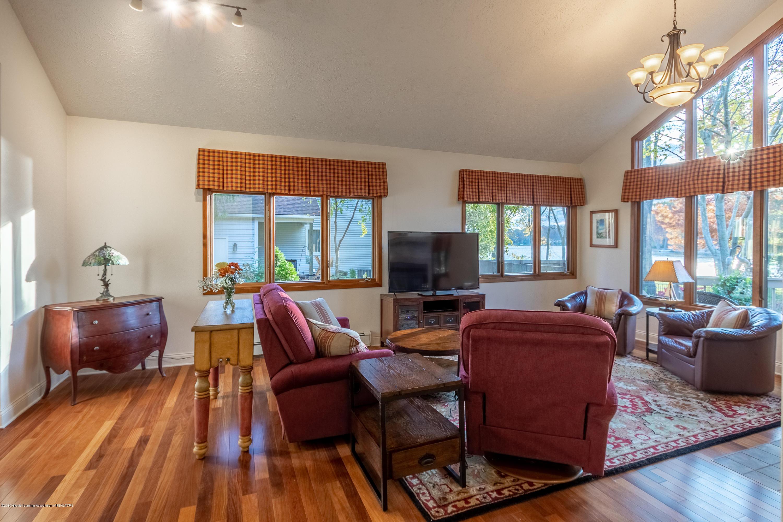 604 E Geneva Dr - Living Room - 15