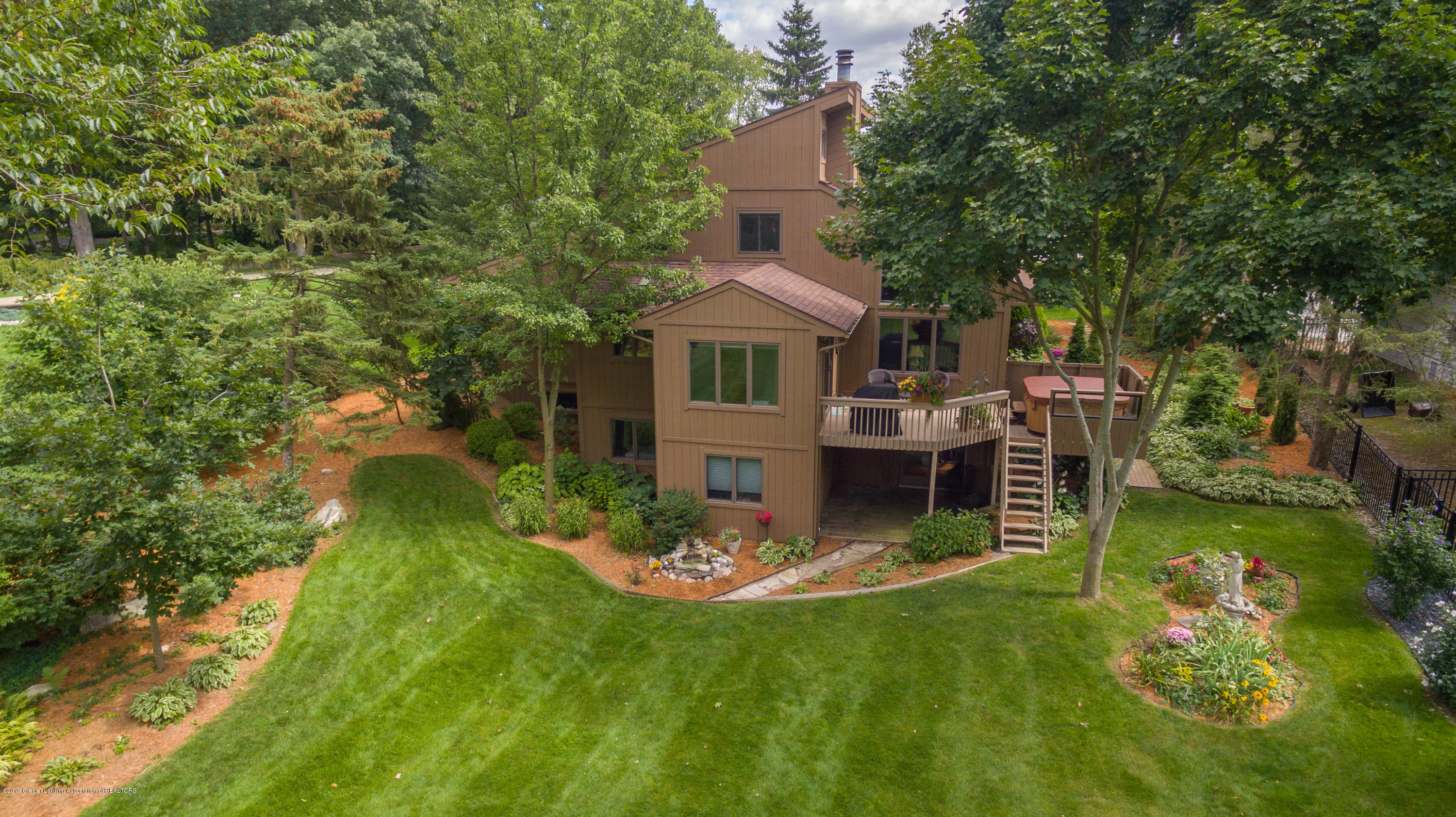604 E Geneva Dr - Aerial View of Back Yard/ House - 53