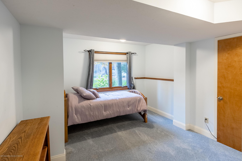 604 E Geneva Dr - Bedroom 5 - 40