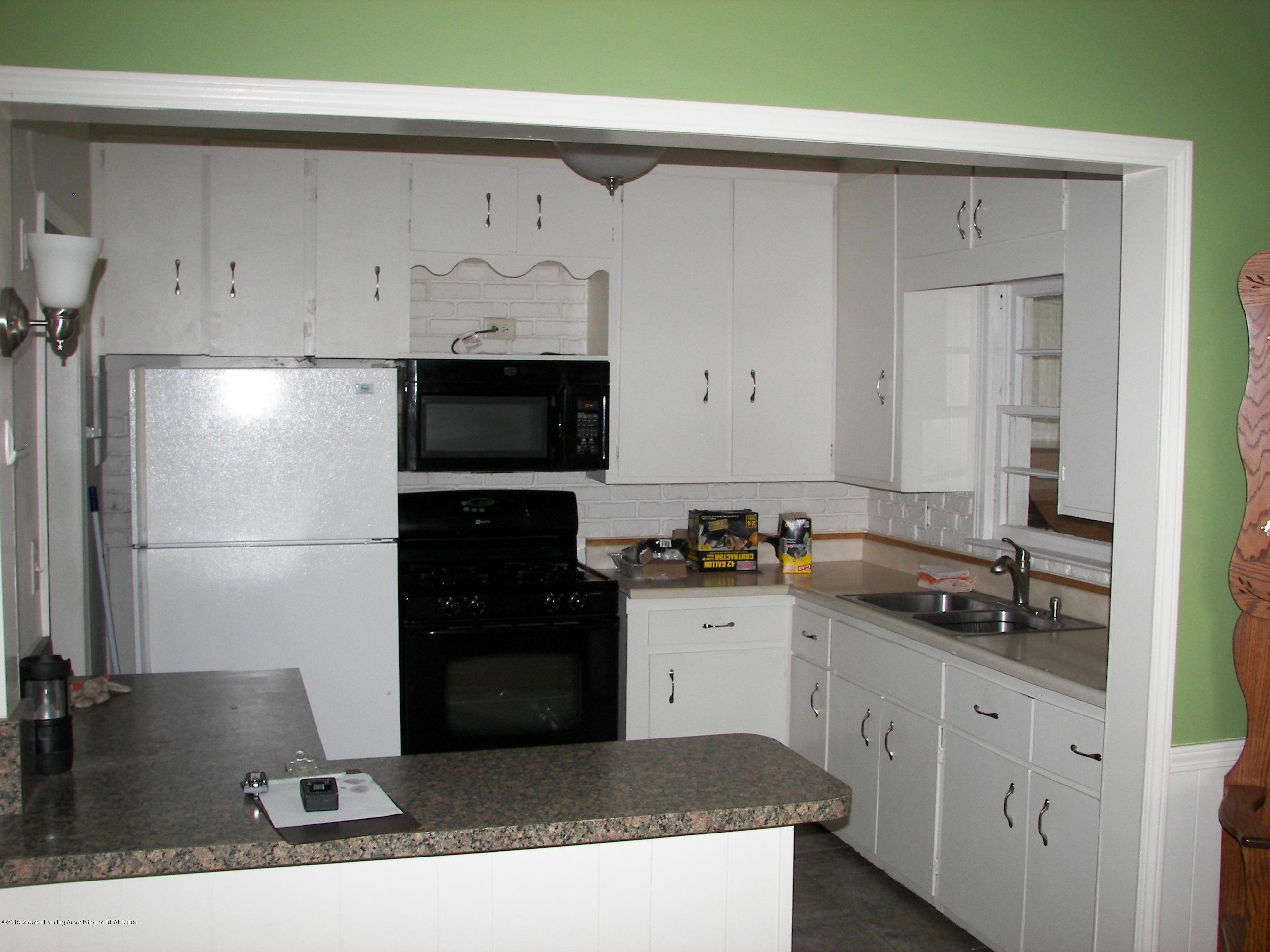 4526 Grove Ave - Kitchen - 3