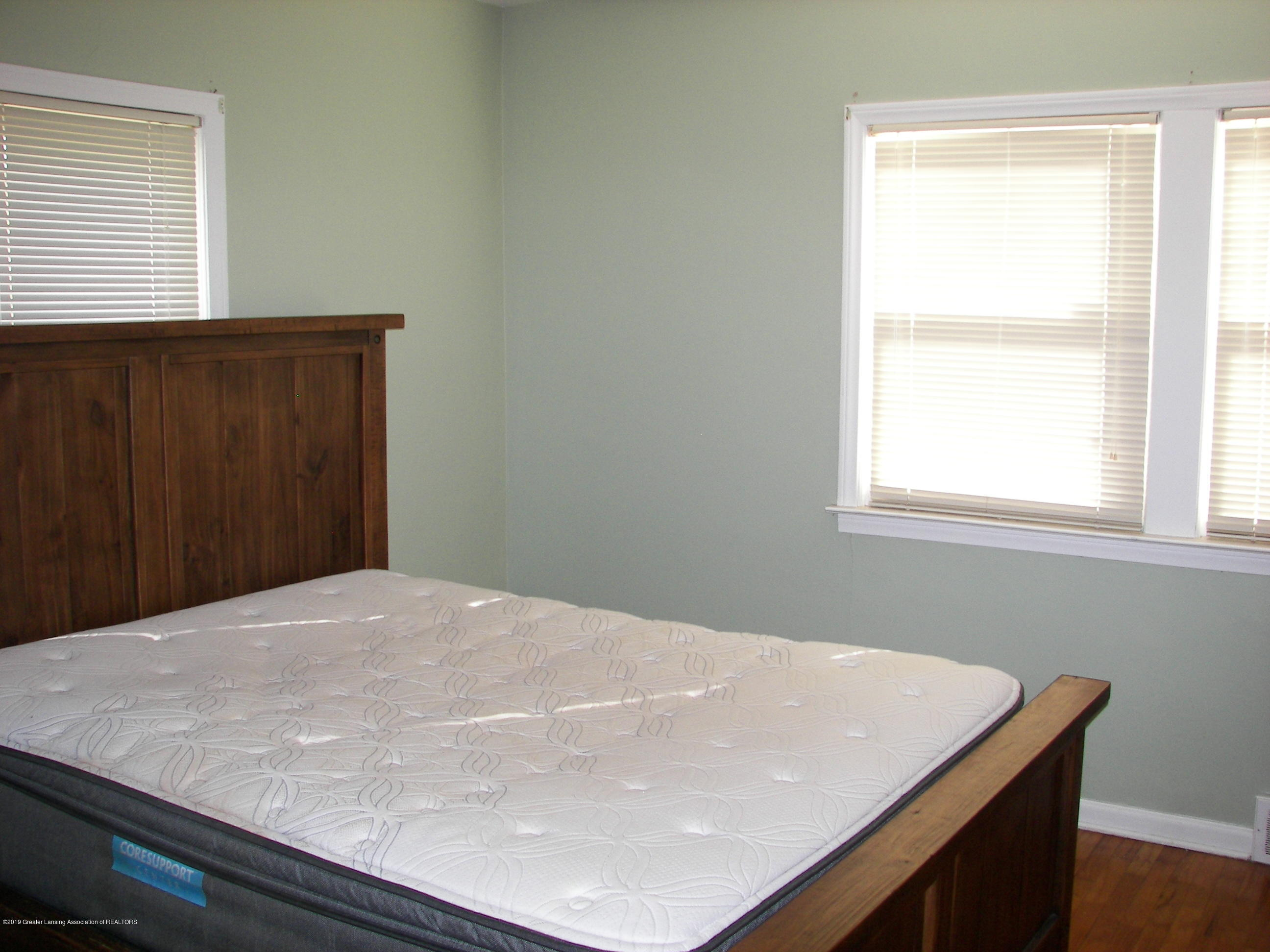 4526 Grove Ave - Bedroom - 6