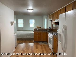 6172 Porter Ave - kitchen - 10