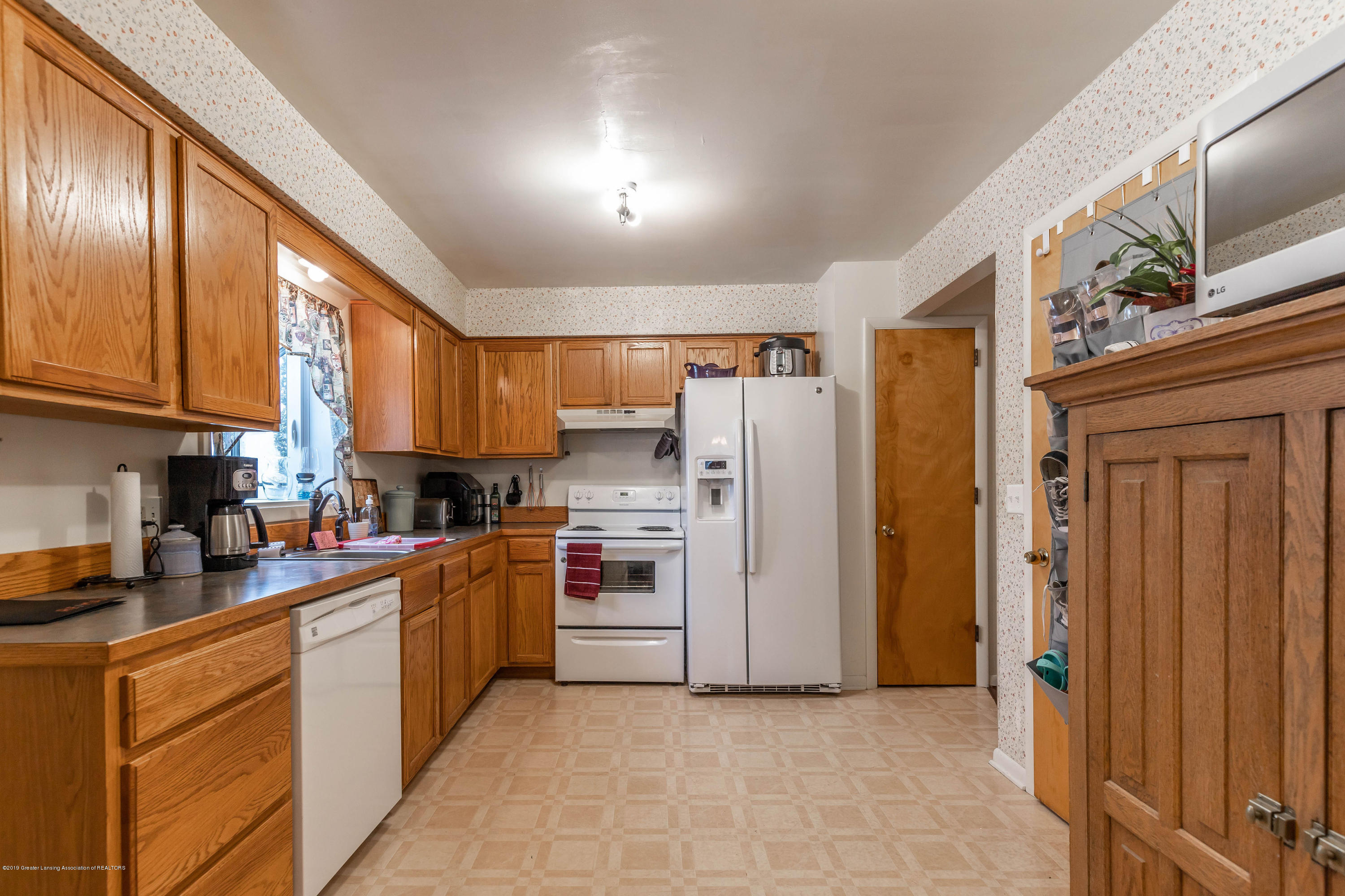 2409 Victor Ave - victorkit(1of1) - 24