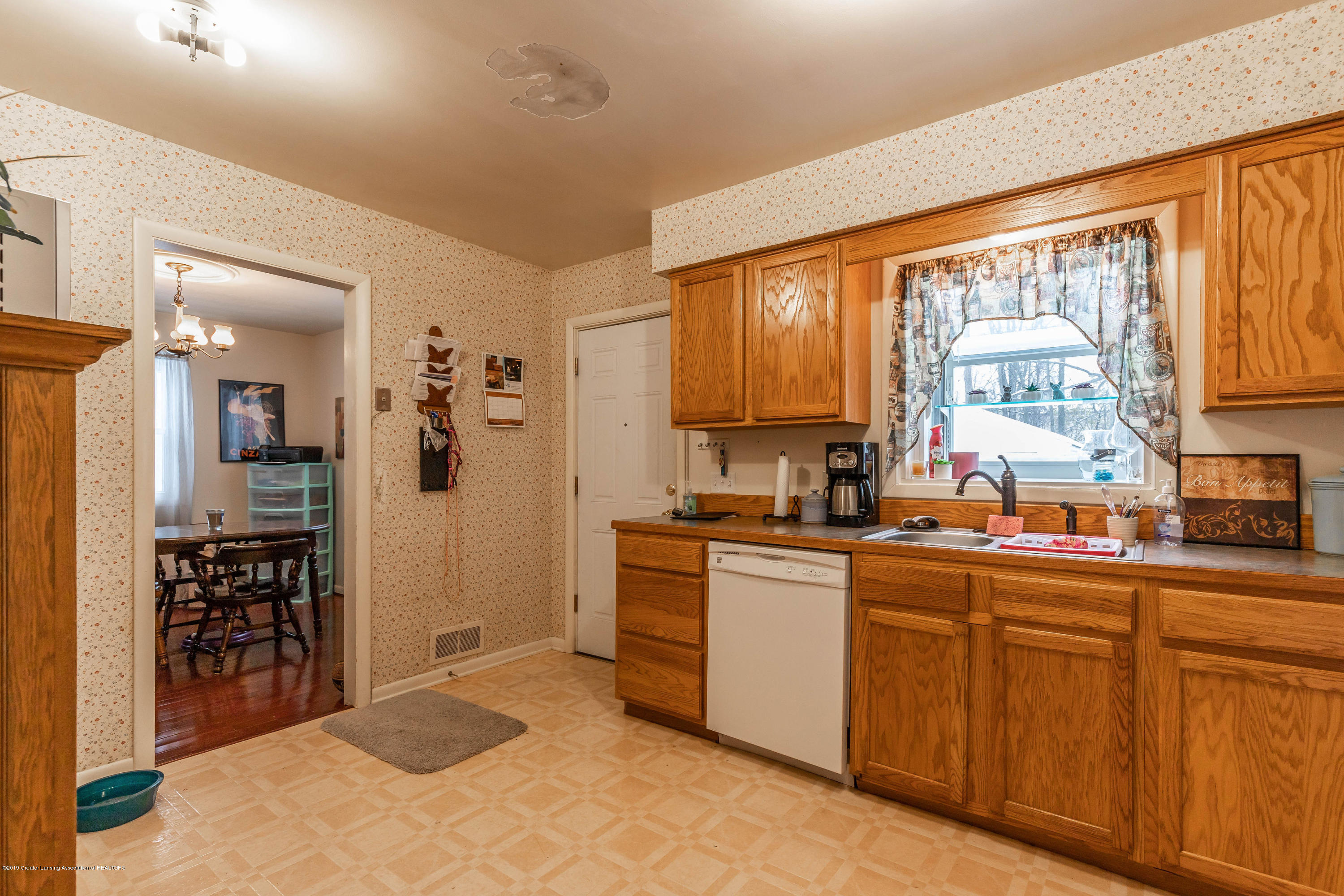 2409 Victor Ave - victorkit3(1of1) - 26