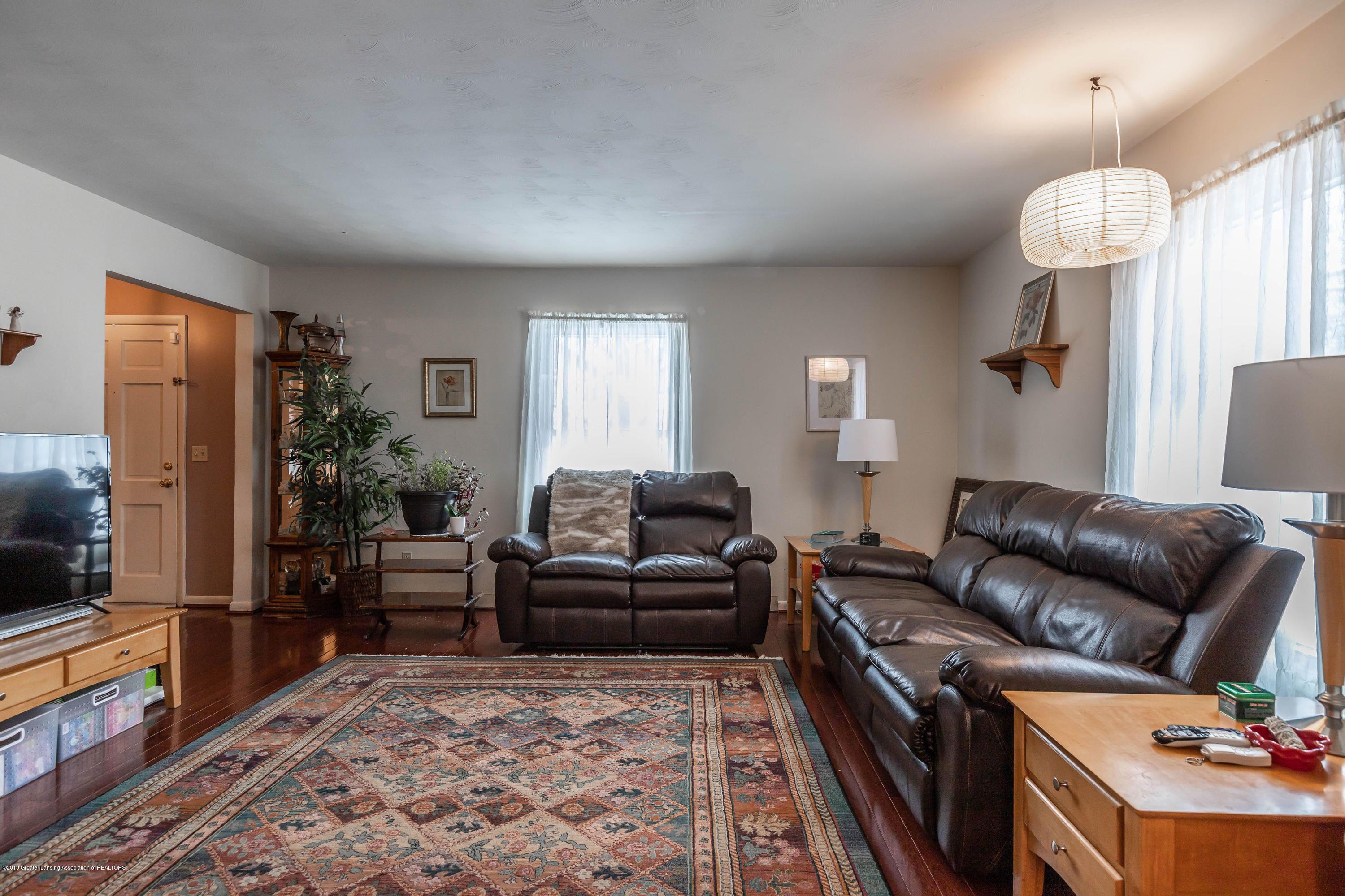 2409 Victor Ave - victorliving3(1of1) - 30