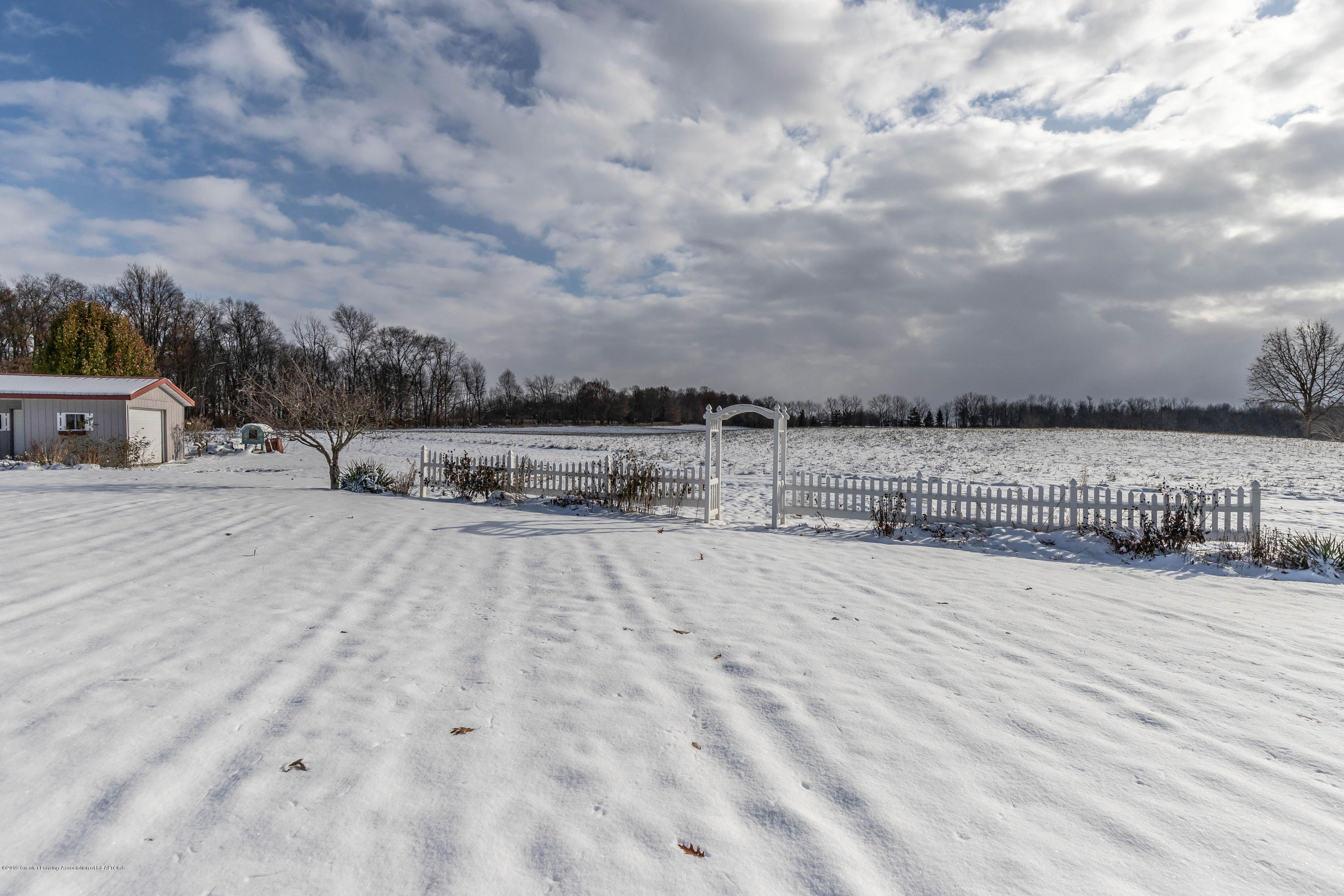 1504 S Chester Rd - chesterback2(1of1) - 45