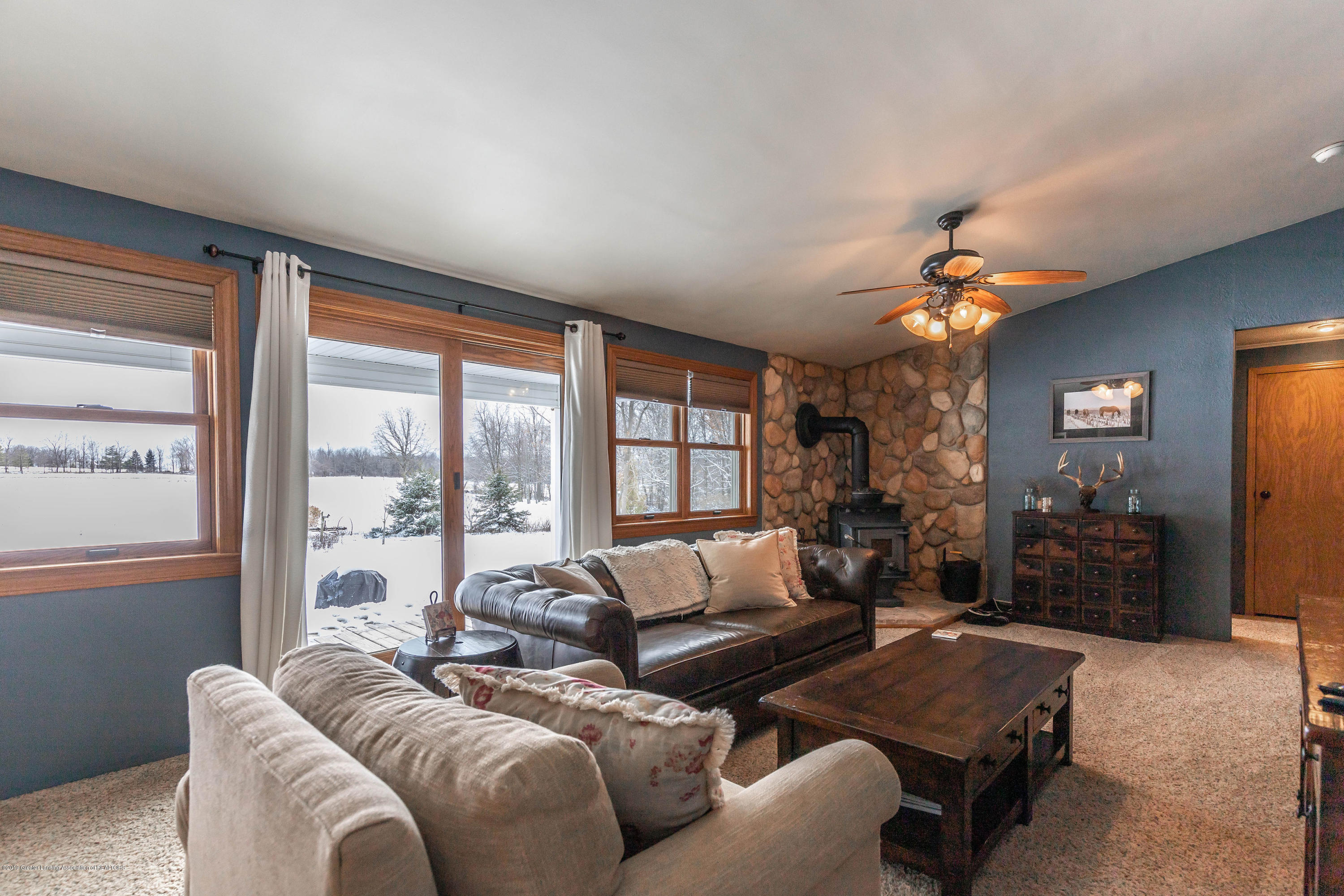 1504 S Chester Rd - chesterliving2(1of1) - 9