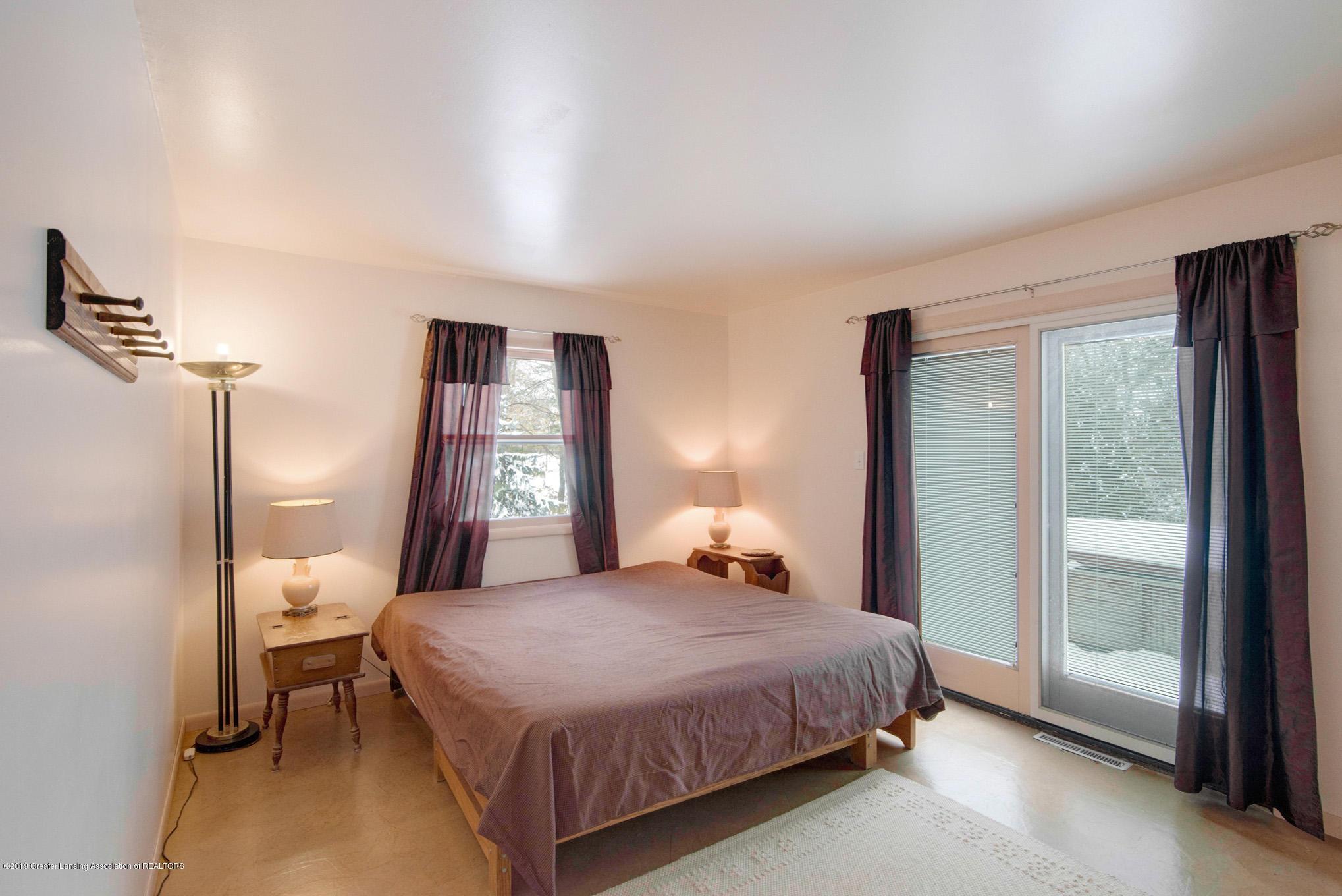 1891 Island Hwy - Bedroom - 19