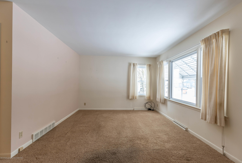 3911 Glenwood Ave - Living Room - 5