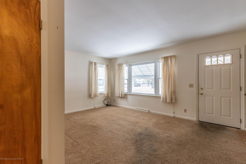3911 Glenwood Ave - Living Room - 6