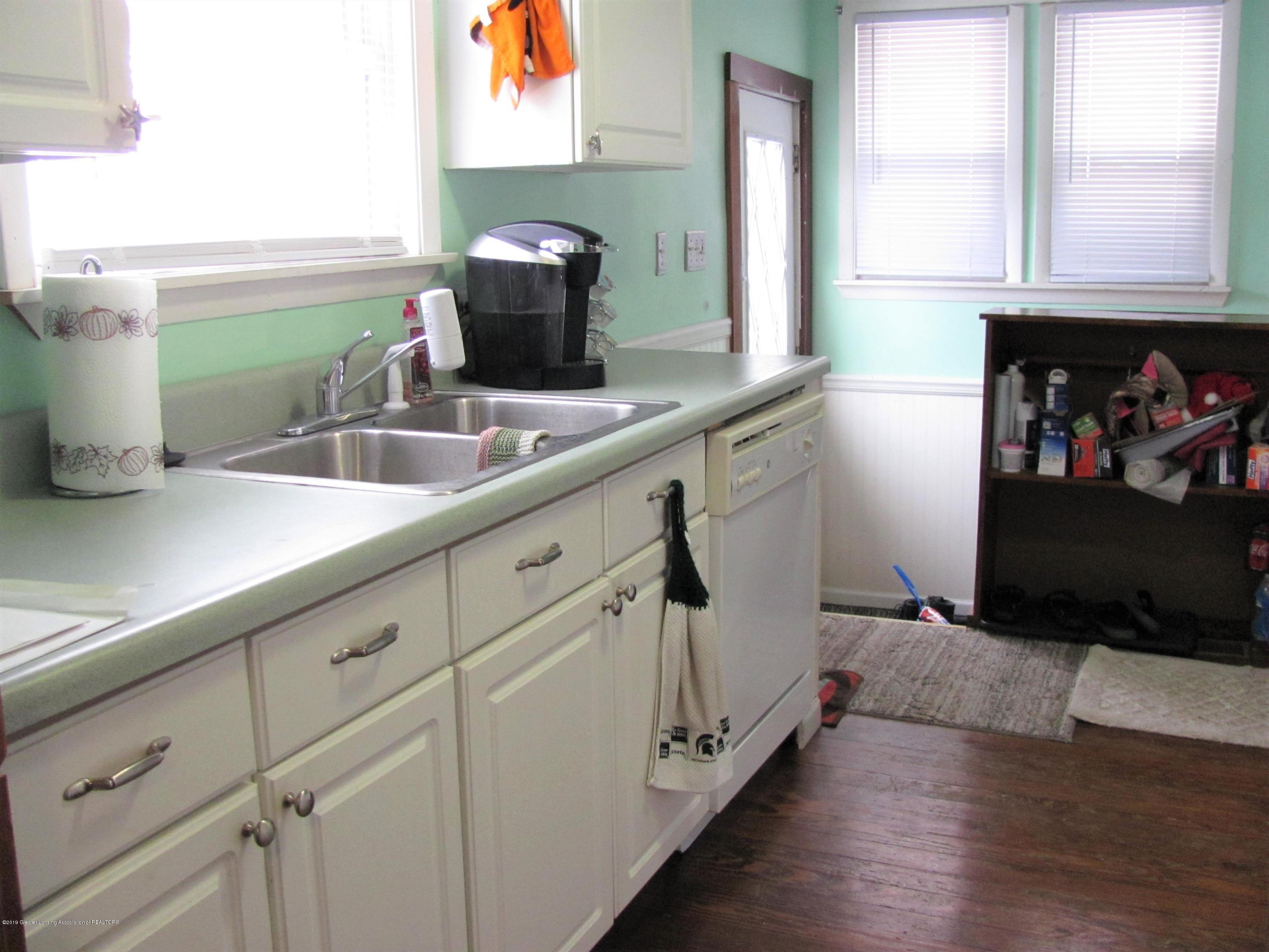 629 N Fairview Ave - Kitchen - 21