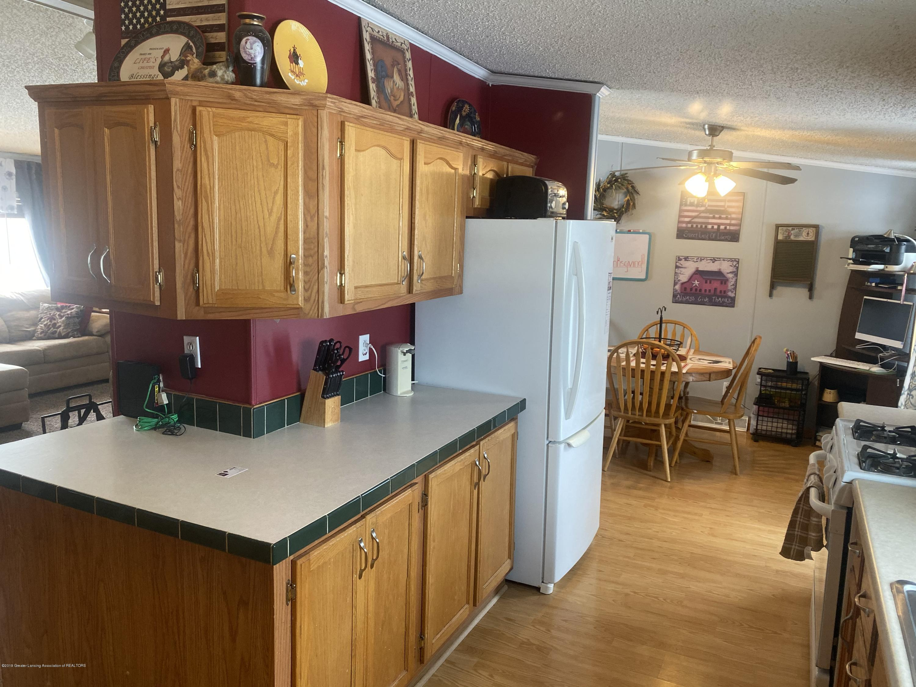 6869 N Welling Rd - KitchDining - 16