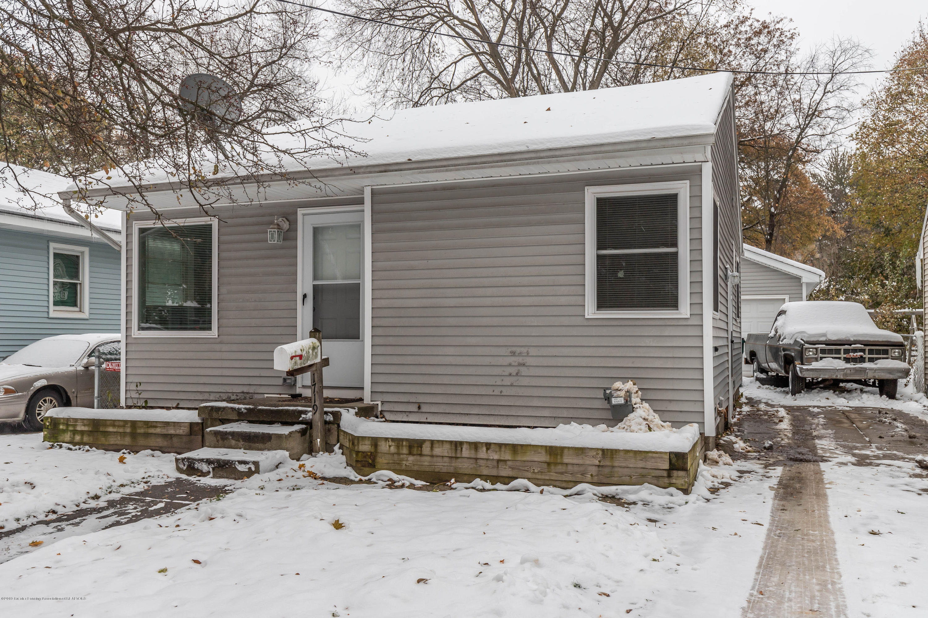 1719 Robertson Ave - robertsonfront3(1of1) - 2