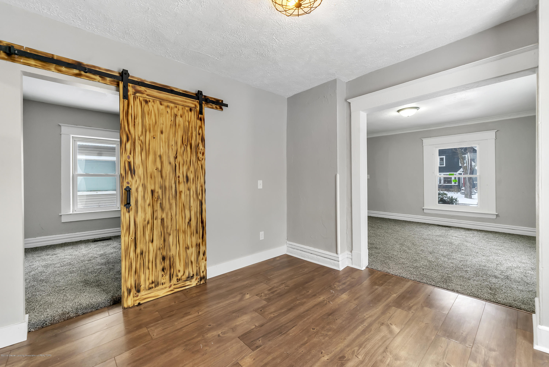 1011 N Chestnut St - 1011-North-Chestnut-Street-WindowStill-R - 10
