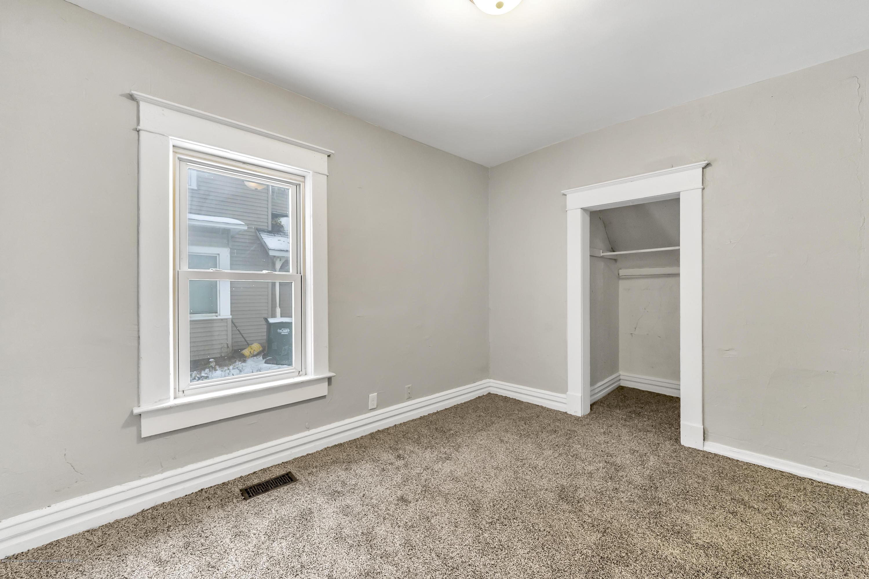 1011 N Chestnut St - 1011-North-Chestnut-Street-WindowStill-R - 15