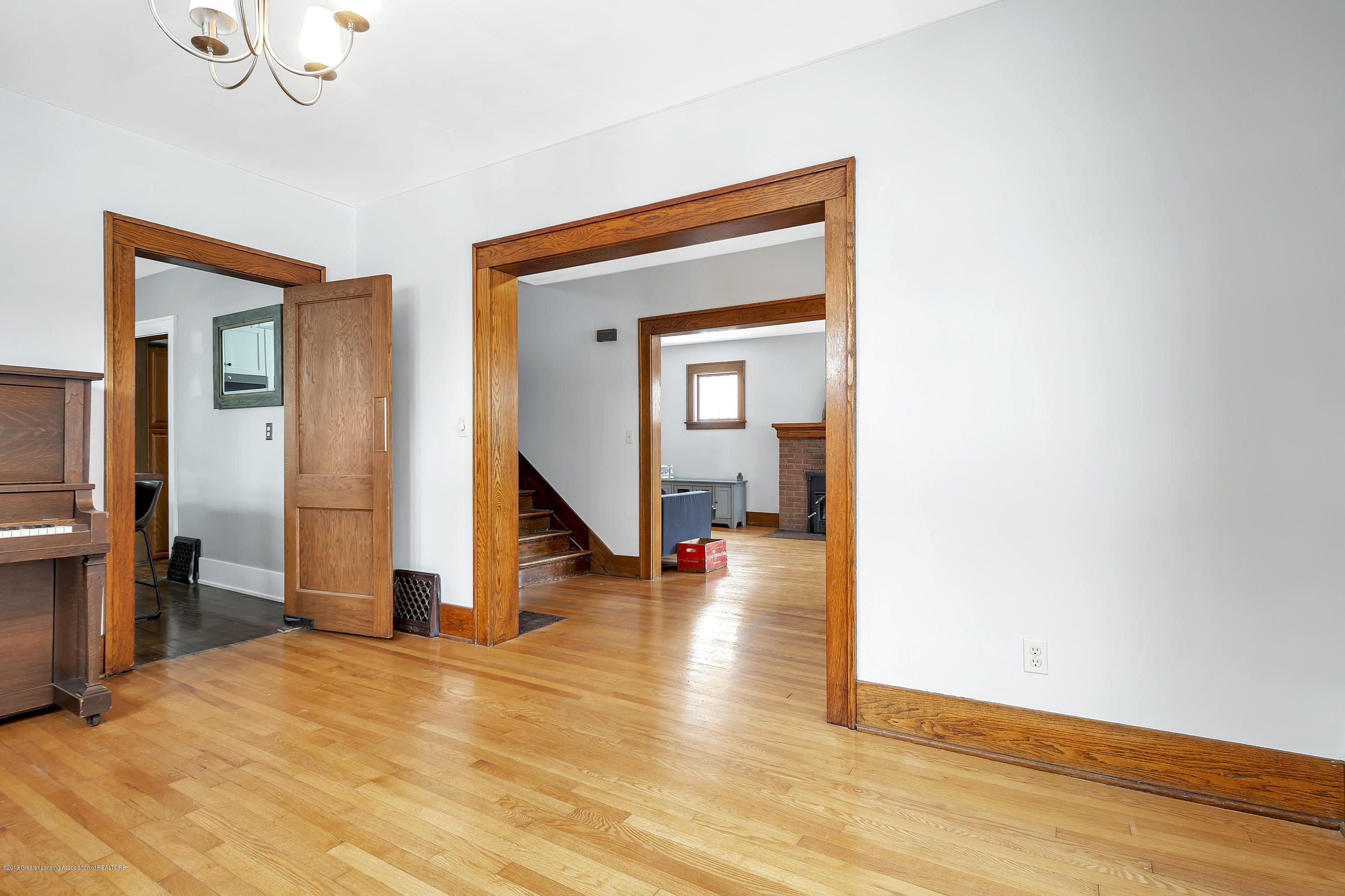412 E Jefferson St - 412-E-Jefferson-WindowStill-Real-Estate- - 17