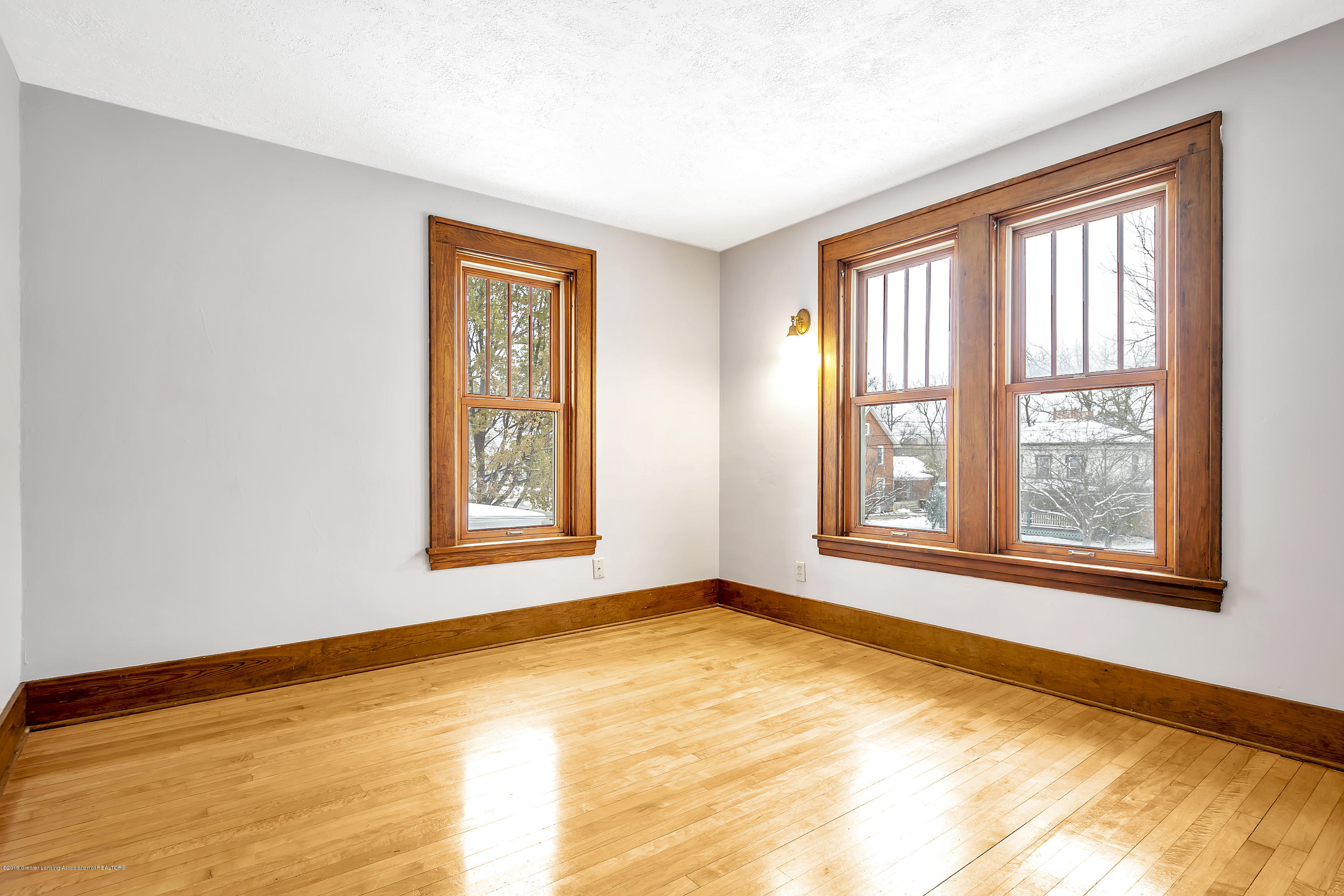 412 E Jefferson St - 412-E-Jefferson-WindowStill-Real-Estate- - 28