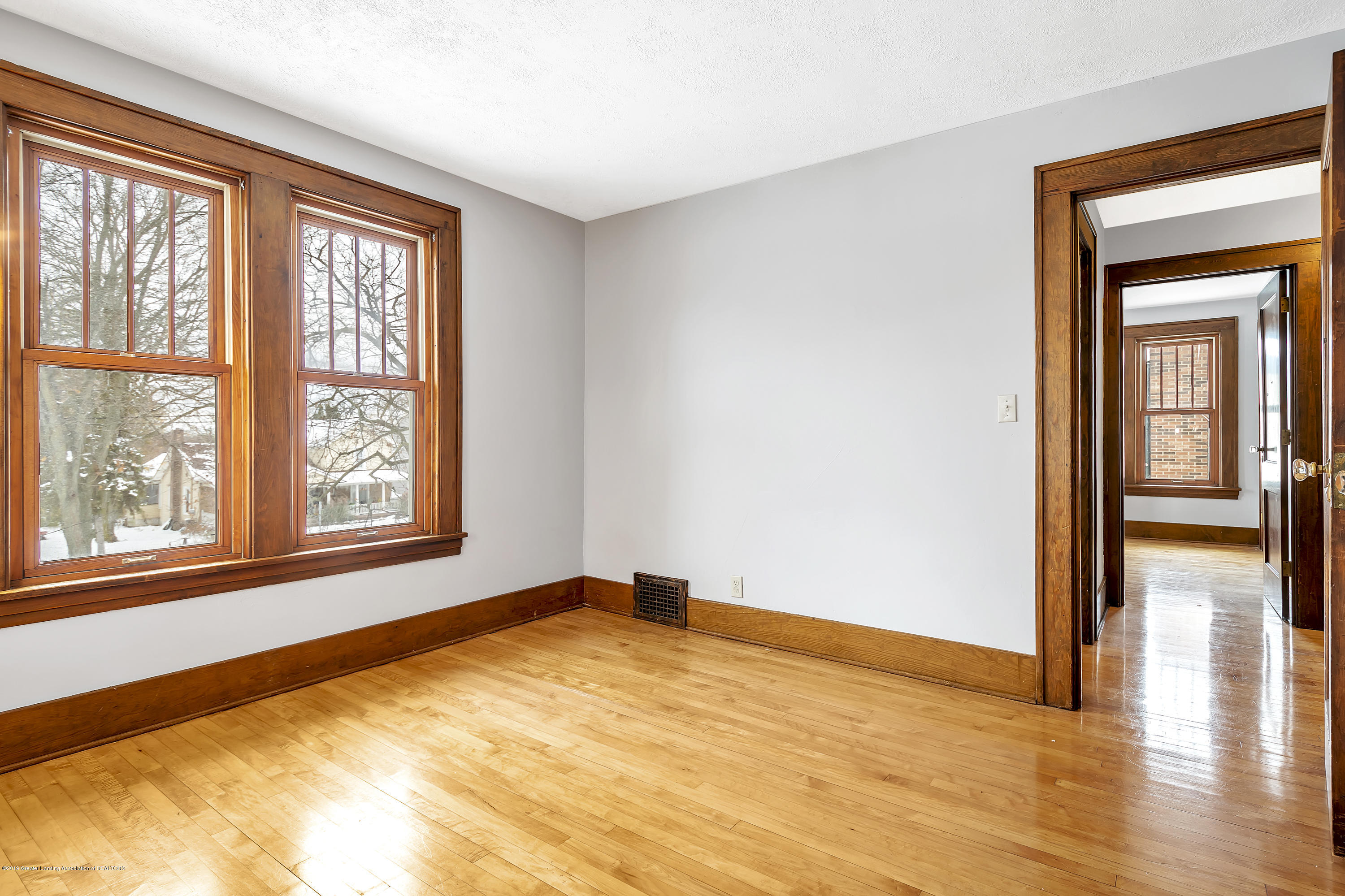412 E Jefferson St - 412-E-Jefferson-WindowStill-Real-Estate- - 29