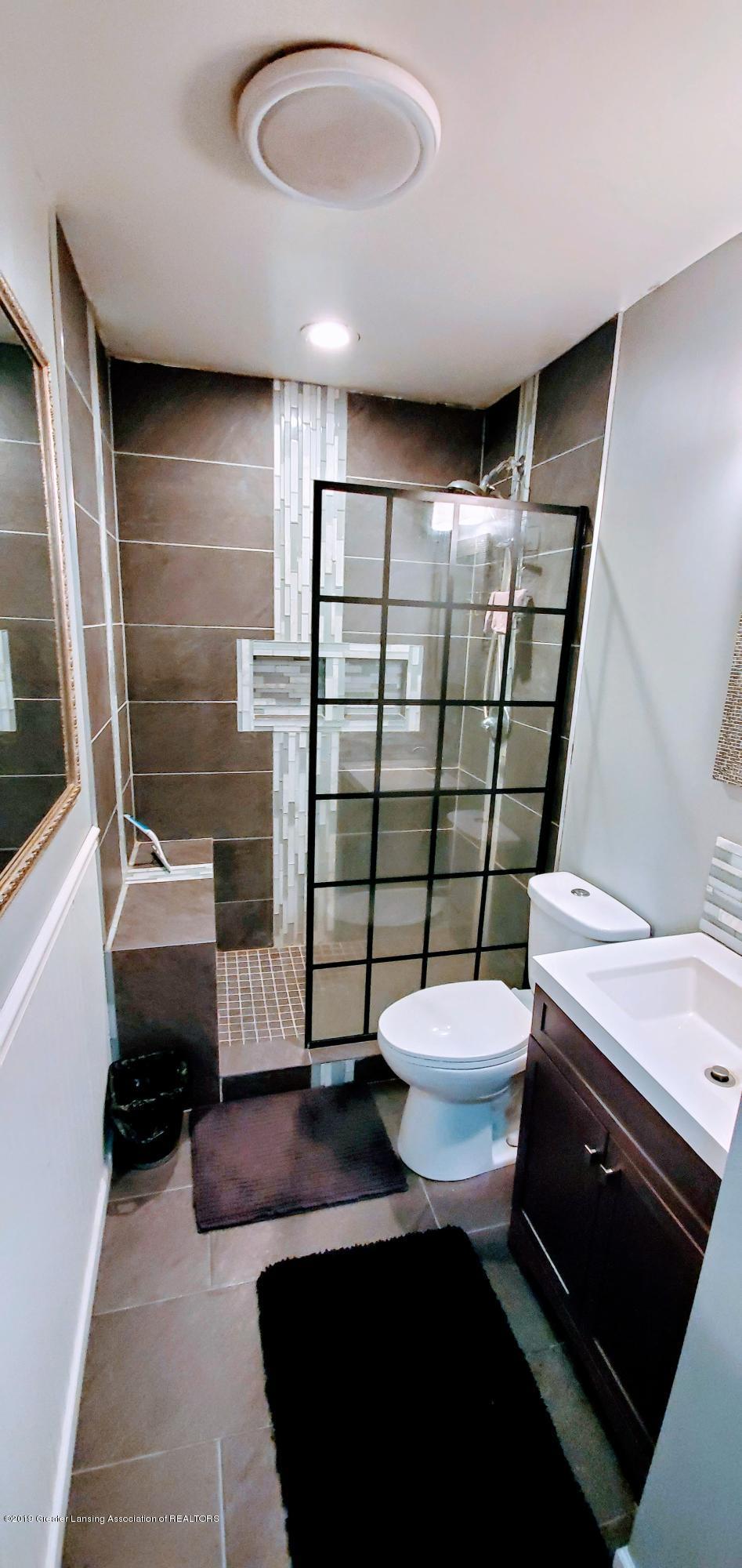 3924 Wedgewood Dr - Bath Room - 7