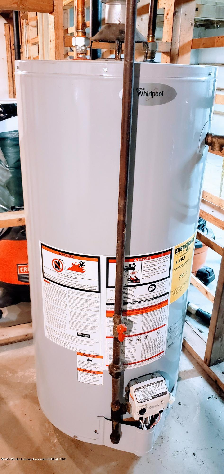 3924 Wedgewood Dr - Water Heater - 16