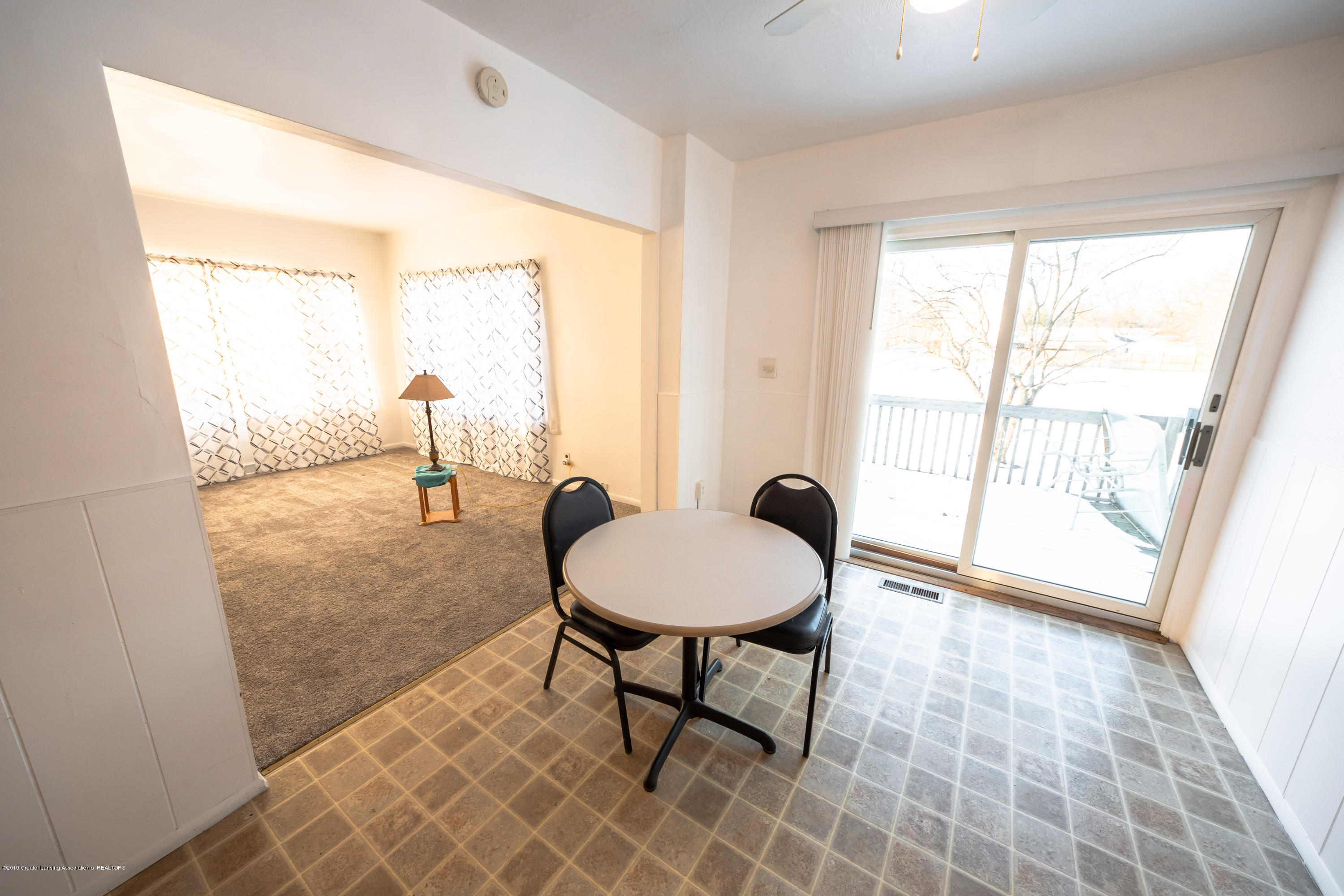 5651 S Waverly Rd - dining room - 6