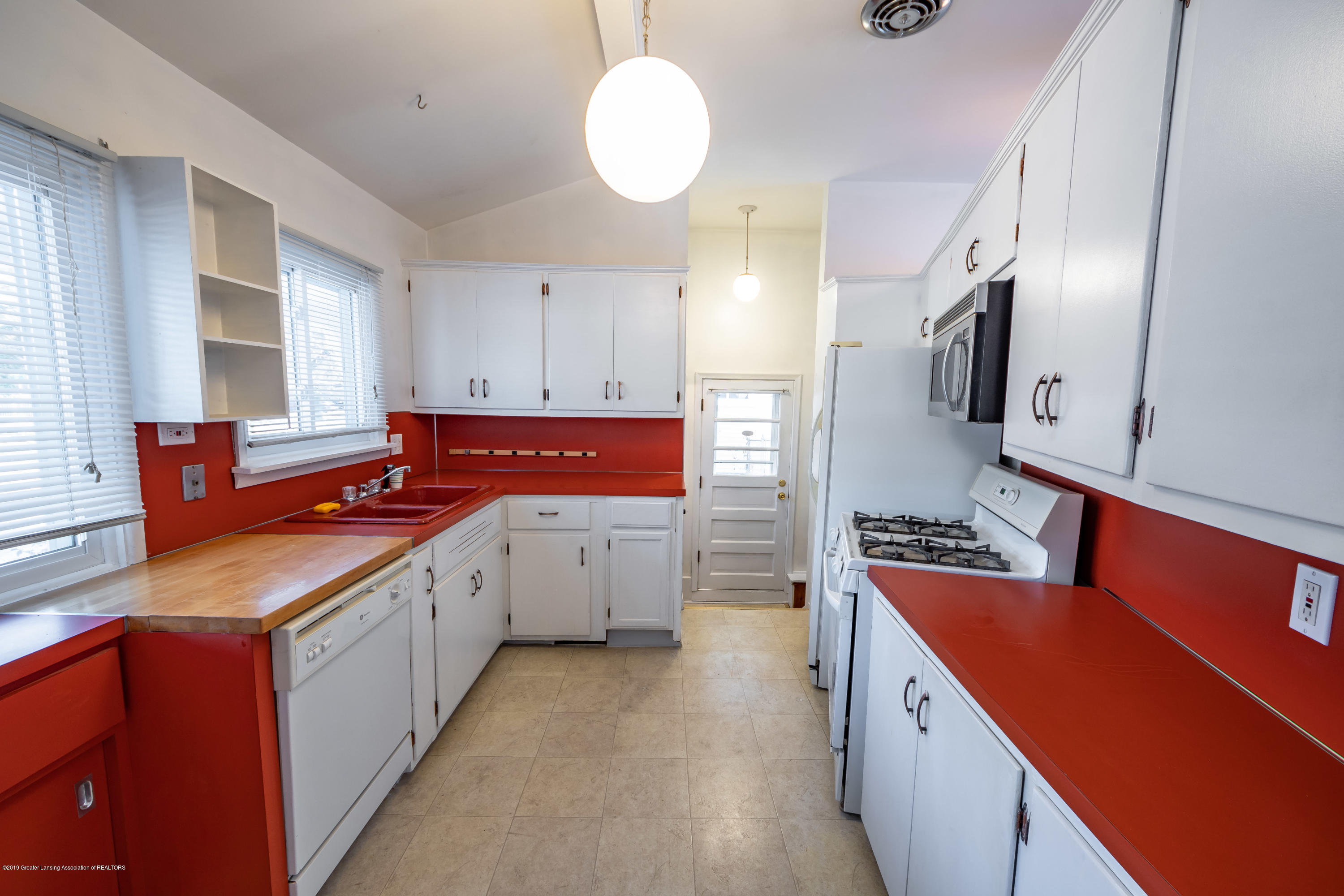 1403 Weber Dr - kitchen - 8