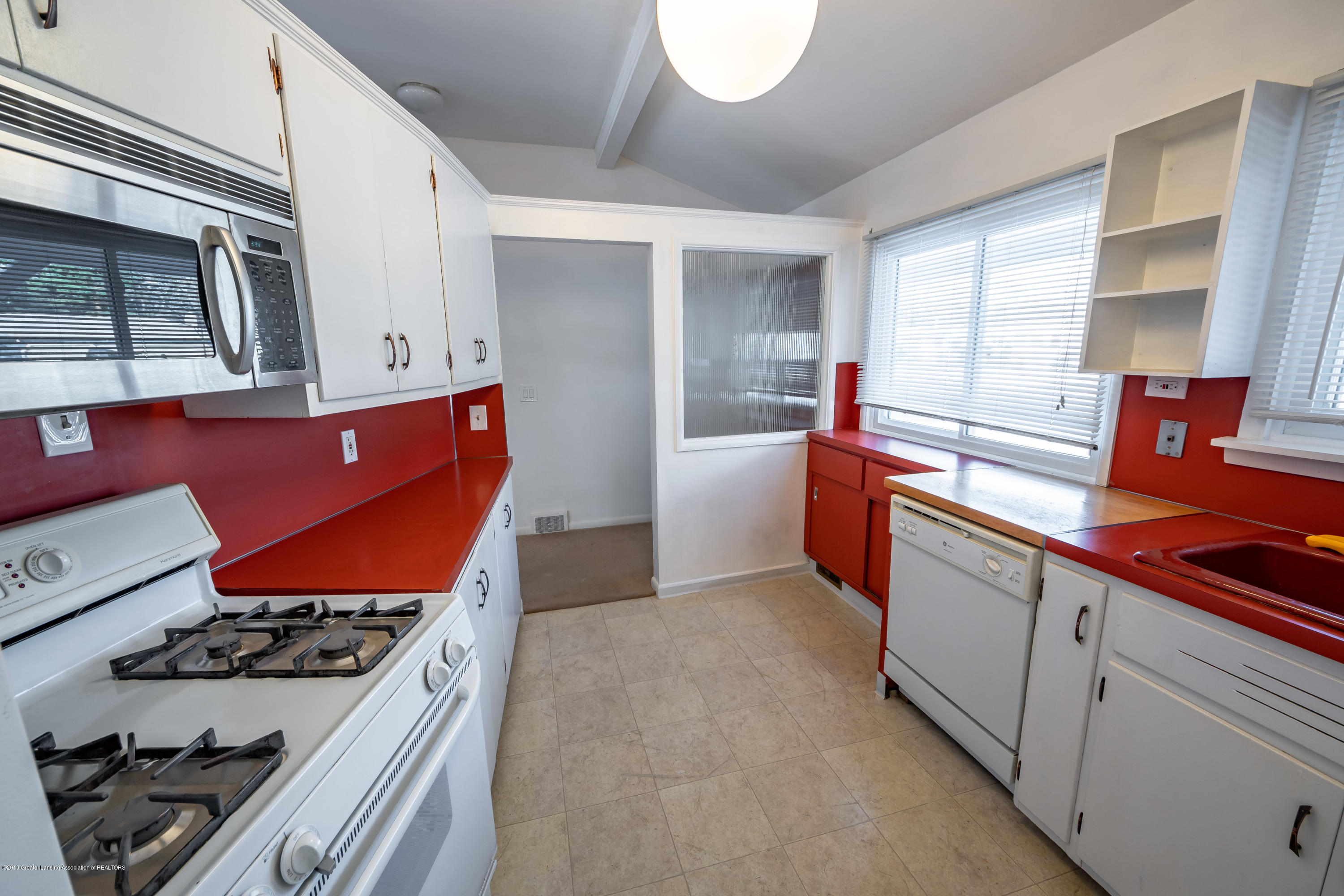 1403 Weber Dr - kitchen - 9