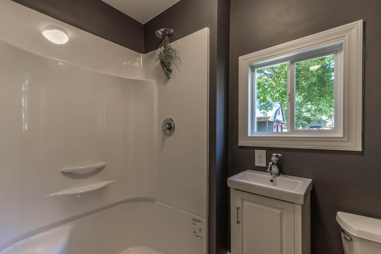 405 W Jefferson St - Bathroom - 30