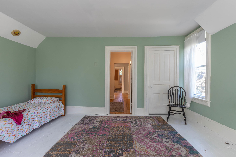 405 W Jefferson St - Bedroom - 32