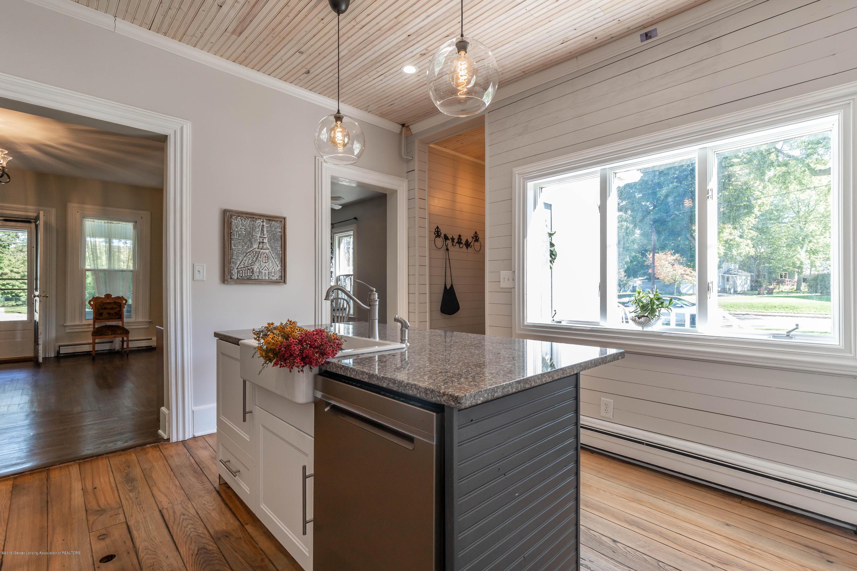 405 W Jefferson St - Kitchen - 17