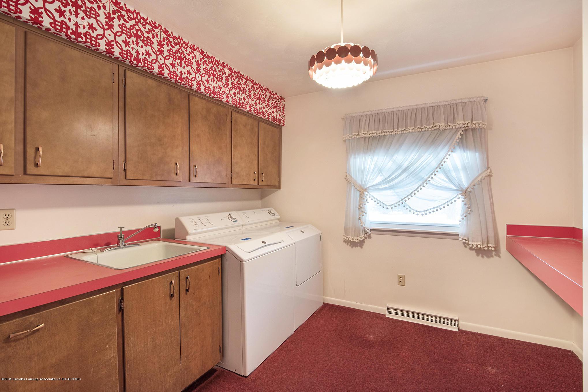 1424 N Homer St - Bedroom 2 / 1st Floor laundry - 16