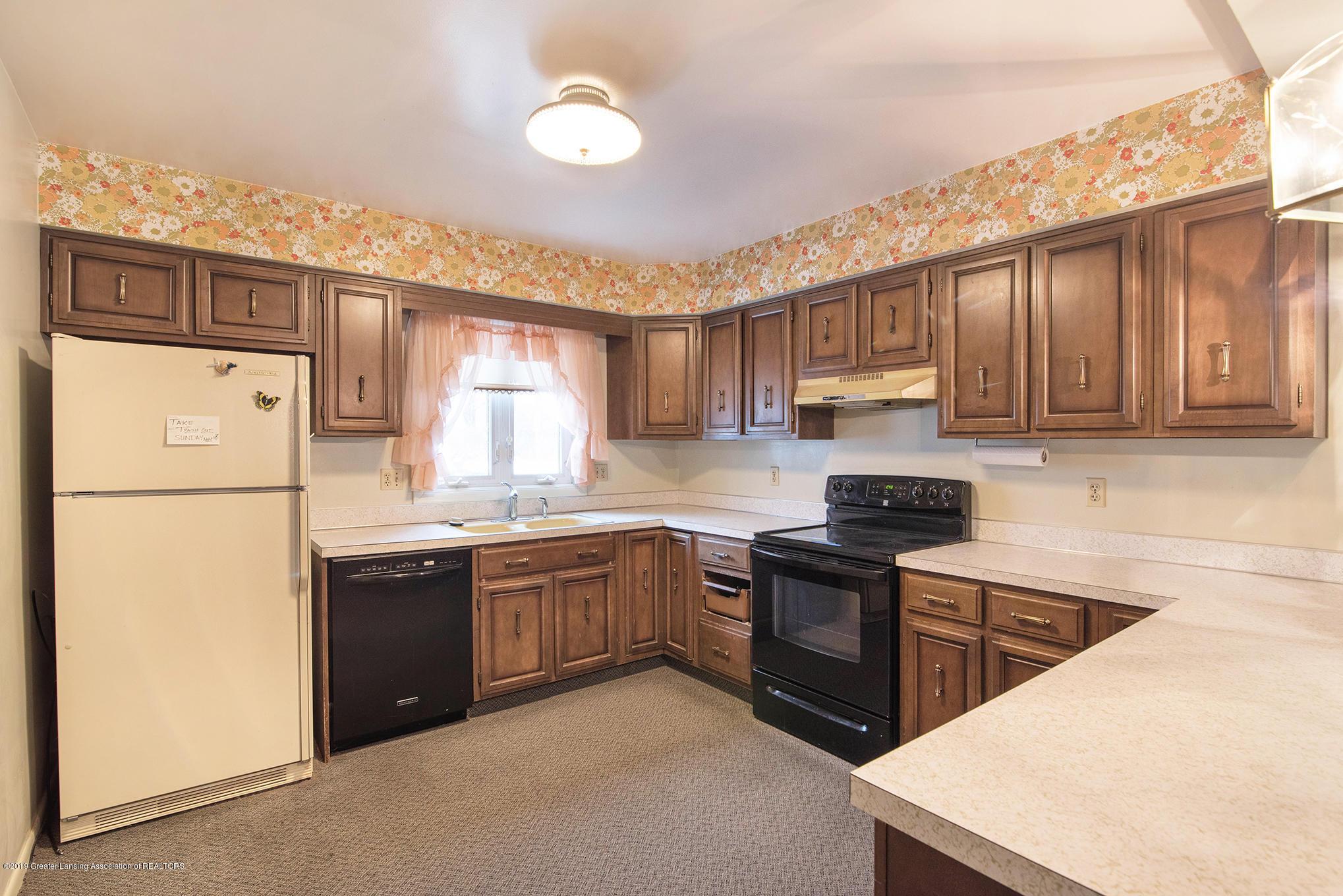 1424 N Homer St - Kitchen - 8