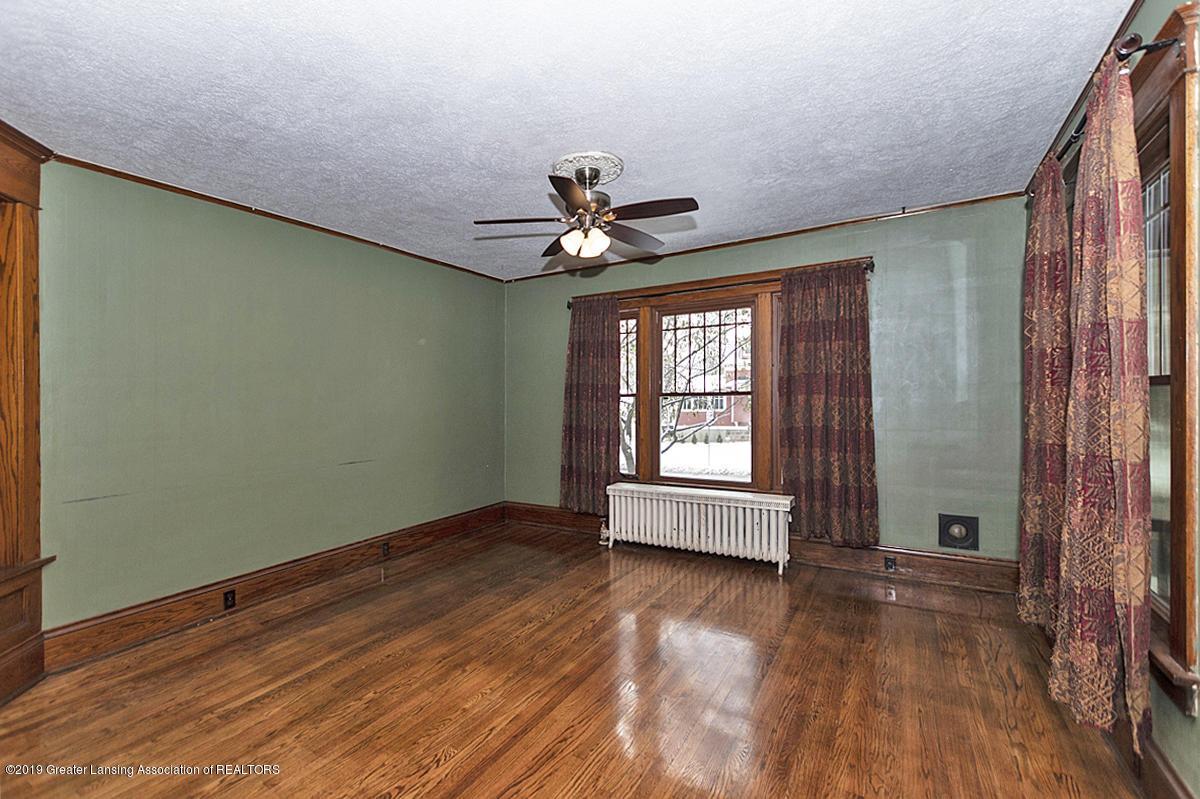 100 S Lansing St - Livingroom - 7