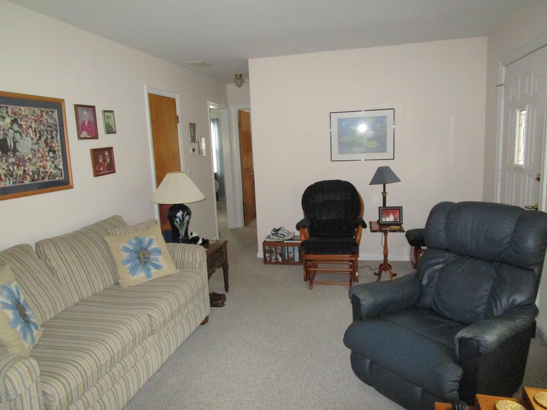 523 Hamilton Ave - Living (3) - 20